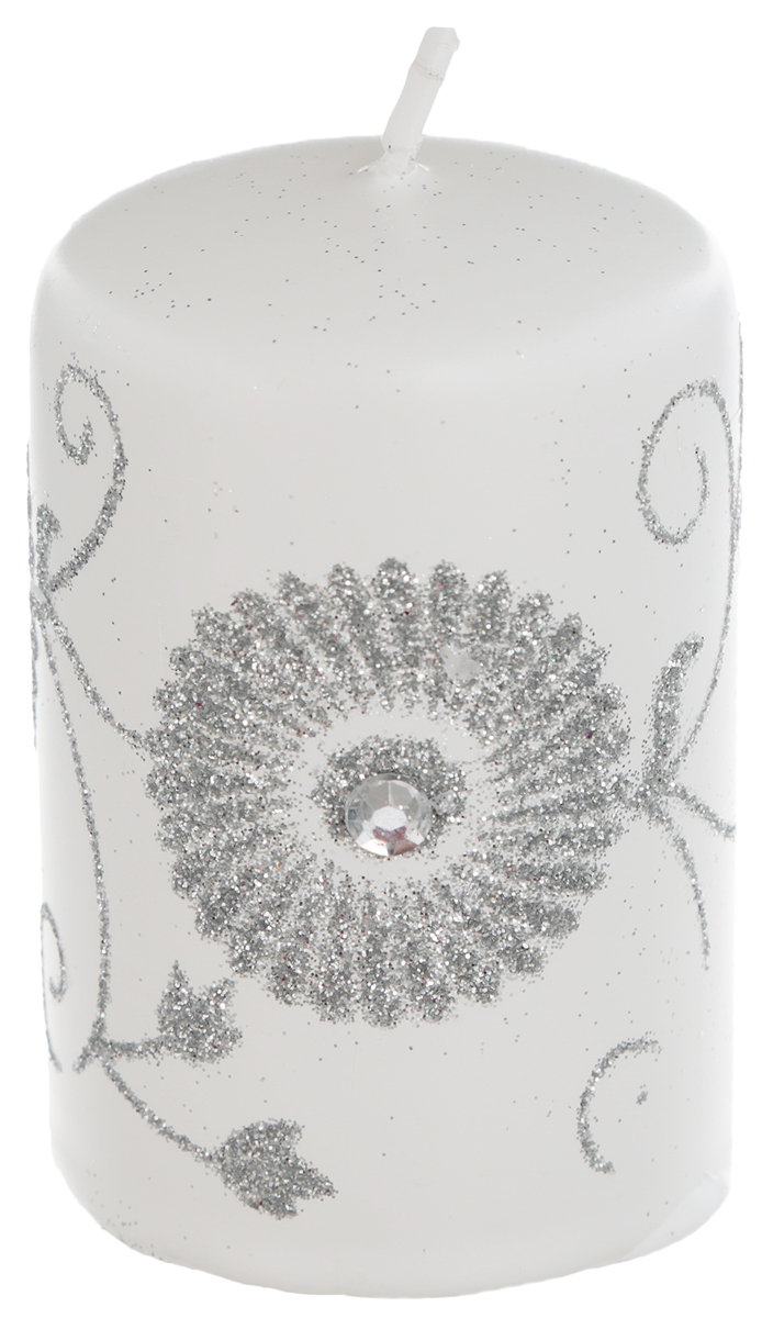Свеча Winter Wings Зимний цветок, цвет: белый, серебристый, высота 8 смES-412Свеча Winter Wings Зимний цветок, изготовленная из парафина, станет прекрасным украшением интерьера помещения в преддверии Нового года. Такая свеча создаст атмосферу таинственности и загадочности и наполнит ваш дом волшебством и ощущением праздника. Хороший сувенир для друзей и близких.