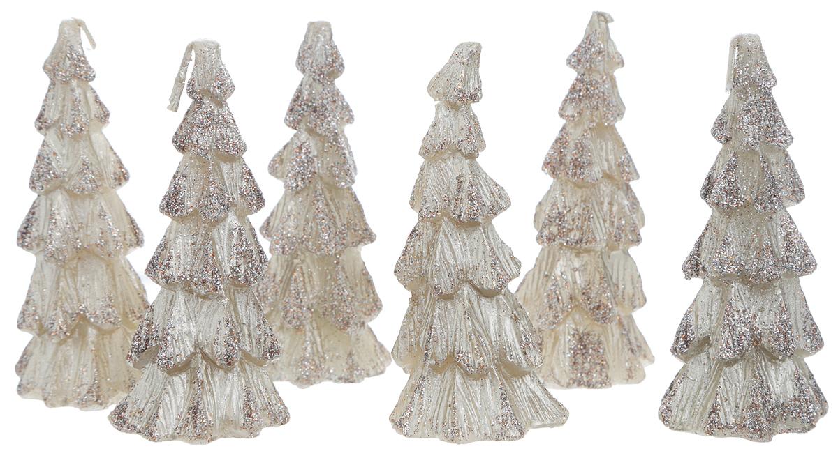 Набор свечей Winter Wings Елочка, цвет: бежевый, высота 8,5 см, 6 штFS-80299Набор свечей Winter Wings Елочка состоит из шести фигурных свечей в виде елочек, декорированных блестками. Такой набор прекрасно дополнит интерьер вашего дома в преддверии Нового Года, а также станет замечательным украшением новогоднего стола. Создайте в своем доме атмосферу тепла, веселья и радости, украшая его всей семьей.