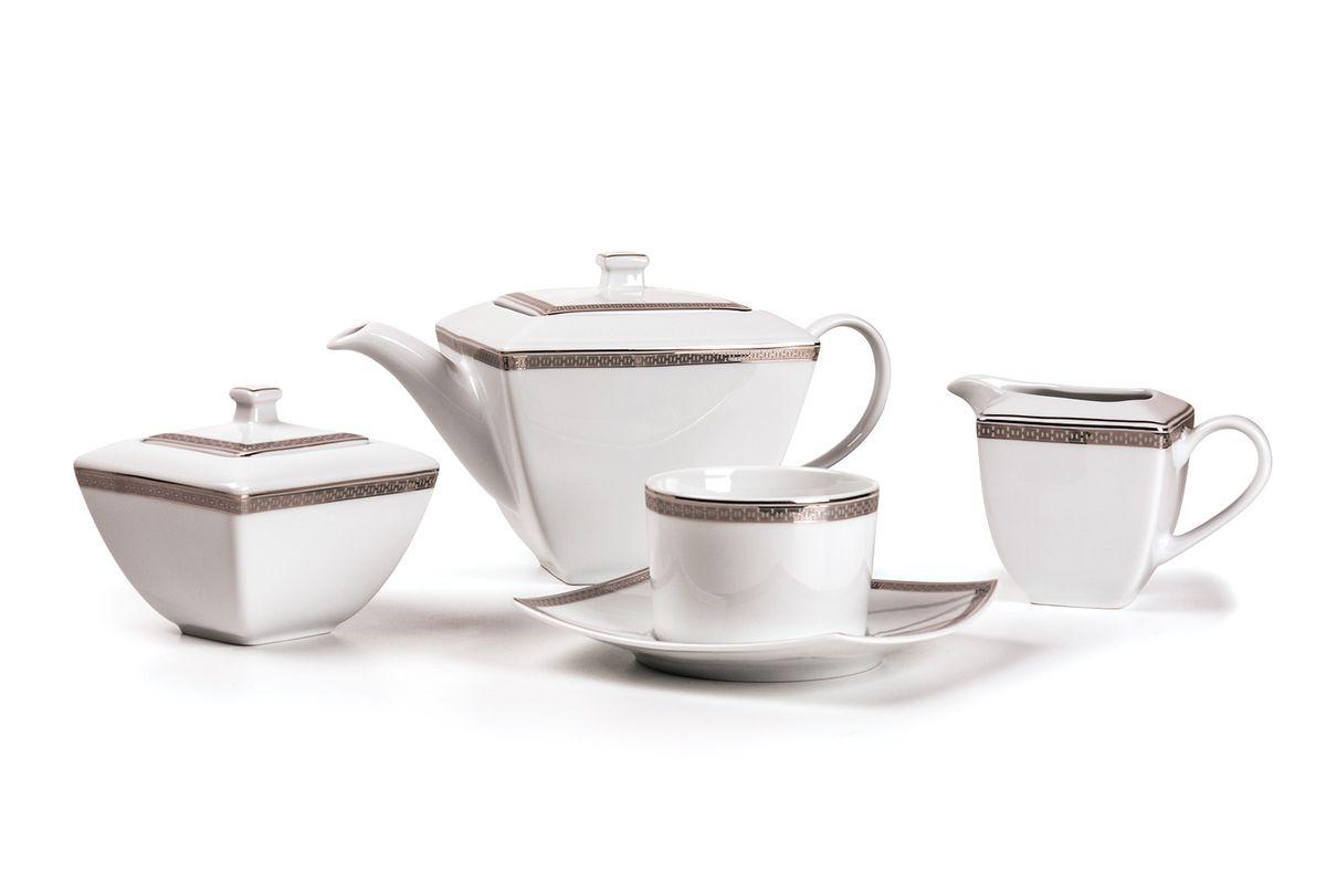 Kyoto 1554 Чайный сервиз 15 пр.платина , цвет: белый с платинойVT-1520(SR)Чайник 1 л, сахарница 250мл, молочник 280мл, чайная пара 220 мл *6 штук . Фарфор фабрики Tunisie Porcelaine, производится в Тунисе из знаменитой своим качеством и белизной глины, добываемой во французской провинции Лимож.Преимущества этого фарфора заключаются в устойчивости к сколам и трещинам, что возможно благодаря двойному термическому обжигу. Европейский дизайн, декор и формы обеспечиваются за счет тесного сотрудничества фабрики с ведущими мировыми дизайн-бюро такими как: Nelly Reynal, Yves De la Rosiere, Sarah Anderson, Heracles. Материал: фарфор: цвет: белый с платинойСерия: KYOTO
