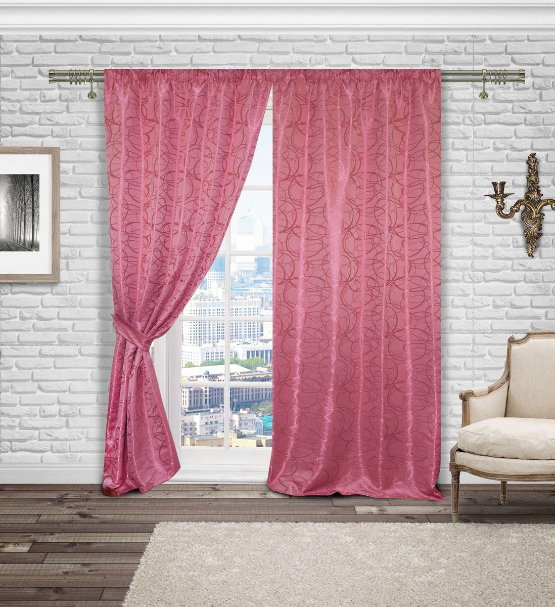 Комплект штор Zlata Korunka, на ленте, цвет: розовый, высота 250 см. 5556655566Роскошный комплект штор Zlata Korunka, выполненный из сатена жаккарда с геометрическим орнаментом, великолепно украсит любое окно. Комплект состоит из двух штор и двух подхватов. Изящный рисунок и приятная цветовая гамма привлекут к себе внимание и органично впишутся в интерьер помещения. Этот комплект будет долгое время радовать вас и вашу семью.Комплект крепится на карниз при помощи ленты, которая поможет красиво и равномерно задрапировать верх.