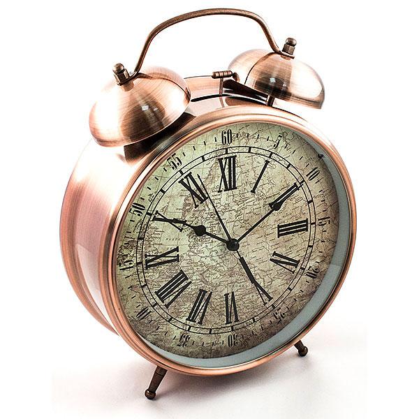 Часы-будильник Эврика Гигант, цвет: медный94672Оригинальные часы-будильник Эврика Гигант органично впишутся в интерьер комнаты. Корпус часов выполнен из окрашенного металла, циферблат защищен стеклом и украшен изображением старинной карты. Задняя панель закрыта пластиком черного цвета. Часы-будильник на двух устойчивых ножках, на задней панели имеется поворотный рычажок для выставления времени и поворотный рычажок для того, чтобы завести будильник на нужное время. Также на задней стороне будильника имеется специальное отверстие, для подвешивания его на стене. Часы-будильник оснащены 4 стрелками: часовой, минутной, секундной и стрелкой будильника. Механизм хода - обычный, тикающий. Будьте абсолютно уверены в том, что с таким будильником вам точно не удастся снова уснуть! Теперь вы сможете просыпаться утром под звуки стильного классического будильника Гигант.Будильник работает от трех пальчиковых батареек типа АА. Диаметр циферблата 21 см.