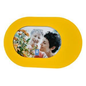 Фоторамка PATA, цвет: желтый, 10 см х 15 смБрелок для ключейФоторамка PATA - прекрасный способ красиво оформить фотографию. Фоторамка поможет сохранить на память самые яркие моменты вашей жизни, а стильный дизайн сделает ее прекрасным дополнением интерьера комнаты.