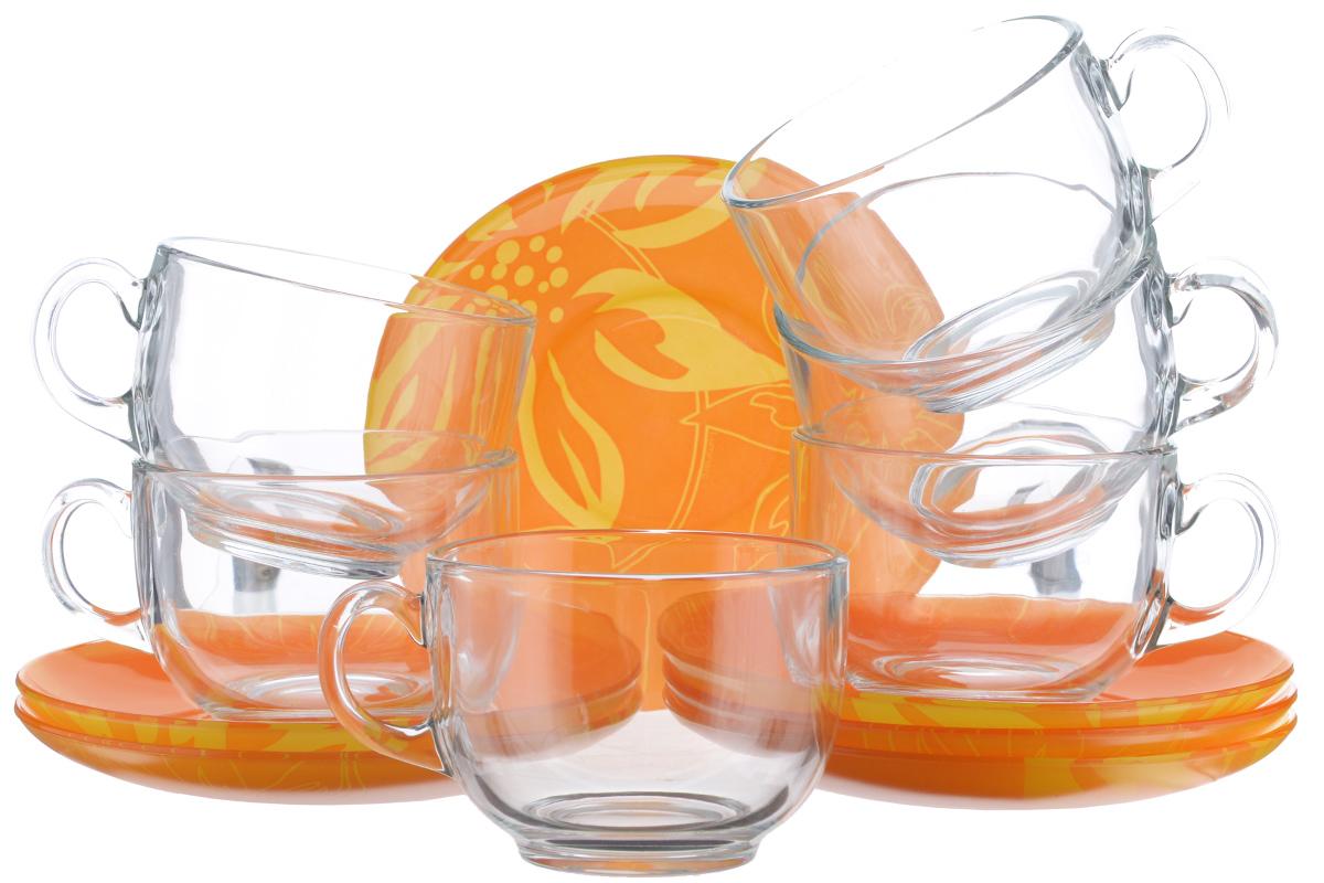 Набор чайный Luminarc Lily Flower, 12 предметовVT-1520(SR)Чайный набор Luminarc Lily Flower состоит из 6 чашек и 6 блюдец изготовлен из высококачественного ударопрочного стекла. Необычное сочетание прозрачных кружек и ярких блюдец с крупным цветочным рисунком добавит кухне или столовой яркости и стиля. Изящный дизайн придется по вкусу и ценителям классики, и тем, кто предпочитает утонченность и изысканность. Он настроит на позитивный лад и подарит хорошее настроение с самого утра. Можно мыть в посудомоечной машине. Диаметр чашки (по верхнему краю): 8,3 см. Высота чашки: 6,5 см. Объем чашки: 220 мл. Диаметр блюдца: 13,5 см.