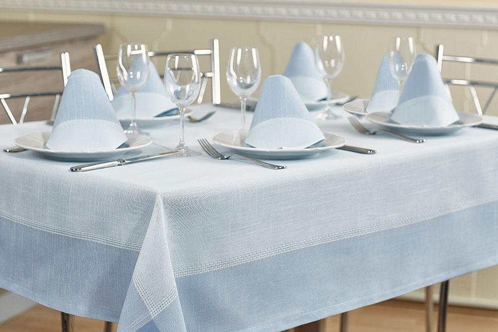 Набор столового белья Primavelle Duet, цвет: светло-голубой, 7 предметовVT-1520(SR)Сделайте свое торжество изысканным - украсьте праздничный стол скатертями и салфетками Primavelle Duet. Классический лаконичный дизайн станет стильным украшением вашей кухни, а набор из 6 салфеток позволит устроиться за столом всей семьей. Скатерть выполнена из натуральных материалов, поэтому ткань проста в уходе - легко стирается и быстро сохнет.Набор Primavelle Duet - прекрасный подарок для вас и ваших близких!Размер скатерти: 160 x 200 см. Размер салфетки: 40 x 40 см (6 шт).Состав: 70% хлопок, 30% лен.Дизайн: контрастная отделка, мережка.