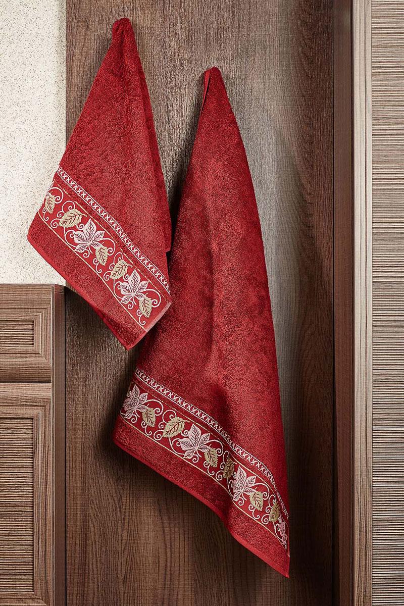 Полотенце махровое Primavelle Lea, цвет: бордовый, 70 х 140 см531-105Махровое полотенце Primavelle Lea, изготовленное из натурального хлопка с цветочным узором, подарит массу положительных эмоций и приятных ощущений. Полотенце отличается нежностью и мягкостью материала, утонченным дизайном и превосходным качеством. Оно прекрасно впитывает влагу, быстро сохнет и не теряет своих свойств после многократных стирок. Махровое полотенце Primavelle Lea станет достойным выбором для вас и приятным подарком для ваших близких.