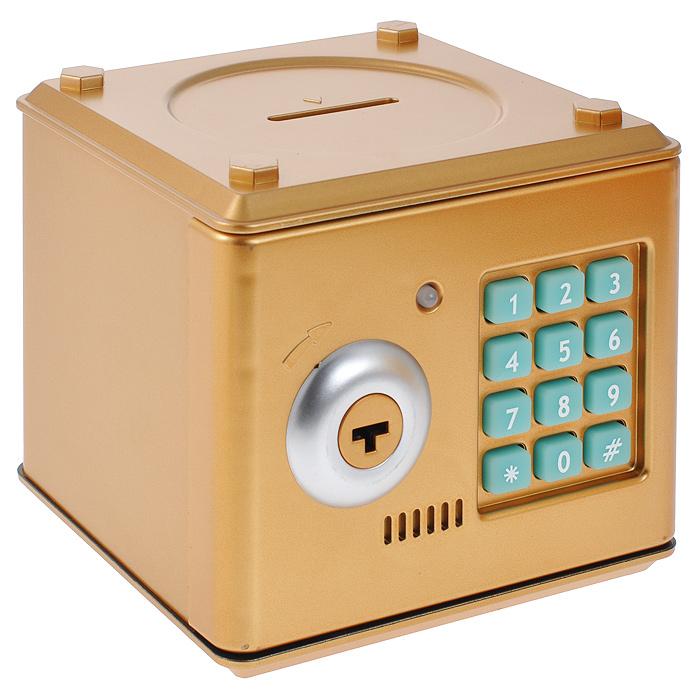 Копилка-сейф Эврика, цвет: золотистый. 94928RG-D31SОригинальная копилка, выполненная из пластика золотистого цвета, работает как настоящий сейф. Копилка затягивает купюры, имеет электромагнитную защелку и кодовый доступ. Чтобы ее открыть, нужно ввести 4-значный цифровой пароль (настоящий пароль 0000), прокрутить ключ и открыть дверь. Когда дверь открывается или закрывается, горит лампочка и воспроизводится скрипучий звук. Сейф с открытой дверцей издает тревожные сигналы примерно раз в 10 секунд. С внутренней стороны дверцы есть переключатель Голос - Музыка. Используйте его для выбора желаемого режима. Пароль можно сменить. Для этого введите пароль 0000, откройте крышку, удерживайте кнопку * (при этом одновременно загорится лампочка), в течение 15 секунд введите новый пароль, нажмите кнопку # (лампочка перестанет гореть), отпустите кнопку * и закройте дверь. Сейф оснащен отверстием для монет. Внутри можно хранить не только деньги, но и другие ценные вещи. Работает от 3 батареек типа АА (в комплект не входят).
