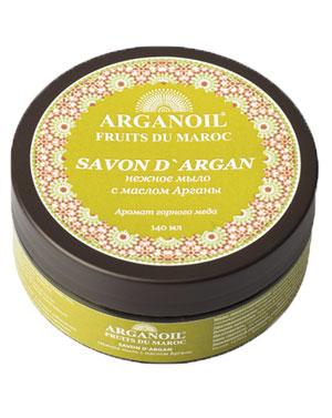 Дом Арганы Мыло с маслом арганы, 140 млSatin Hair 7 BR730MNМягкое желеобразное марокканское мыло с маслом арганы с деликатным ароматом горного меда изготавливают по той же технологии, что и традиционное. Благодаря добавлению в мыло масла Арганы, происходит обогащение мыла природными витаминами, полиненасыщенными кислотами. Витамин F и Терпены (углеводороды), содействуют выздоровлению и росту новых здоровых клеток кожи и обладают смягчающими и питательными свойствами, кожа защищена от пересушивания. Используется для повседневного умывания, ухода за кожей лица и тела, в банных процедурах эффективно используется с традиционной рукавицей Кесса.