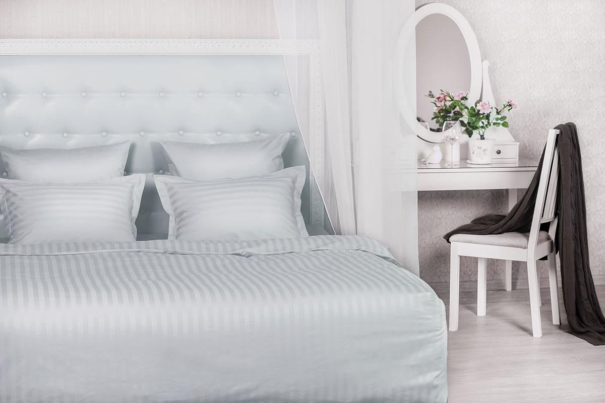 Комплект белья Серебристая дымка, цвет: серый. 205ТС4630003364517Комплект постельного белья Серебристая дымка, изготовленный из сатина, поможет вам расслабиться и подарит спокойный сон. Благодаря такому комплекту постельного белья вы сможете создать атмосферу уюта и комфорта в вашей спальне.