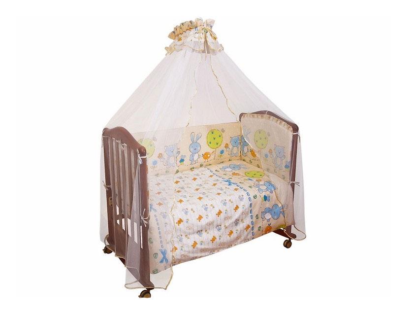 """Бампер в кроватку """"Акварель"""" состоит из четырех частей и закрывает весь периметр кроватки. Бортик крепится к кроватке с помощью специальных завязок, благодаря чему его можно поместить в любую детскую кроватку. Бампер выполнен из бязи - натурального хлопка безупречной выделки. Деликатные швы рассчитаны на прикосновение к нежной коже ребенка. Бампер оформлен оборками и изображениями зайчонка, птички и котика. Наполнителем служит холлкон - эластичный синтетический материал, экологически безопасный и гипоаллергенный, обладающий высокими теплозащитными свойствами. Бампер защитит ребенка от возможных ударов о деревянные или металлические части кроватки. Бортик подходит для кроватки размером 120 см х 60 см."""