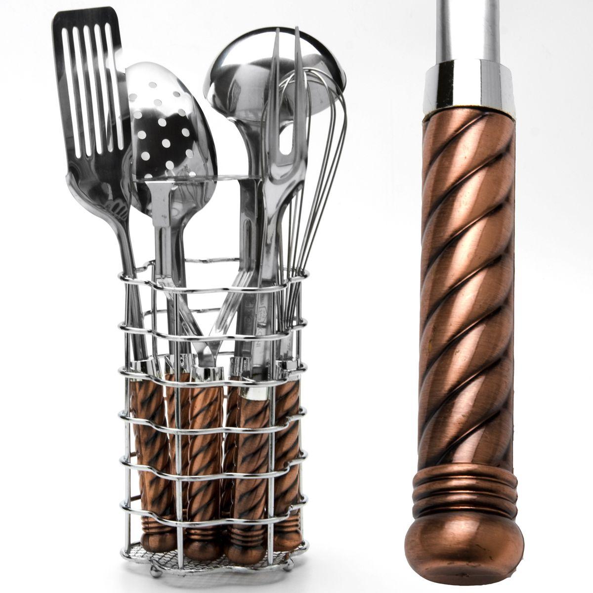 Набор кухонных принадлежностей Mayer & Boch, 7 предметов. 36753675Набор кухонных принадлежностей Mayer & Boch состоит из венчика, вилки кулинарной, половника, шумовки, лопатки кулинарной, пресса для картофеля и металлической подставки. Предметы набора выполнены из высококачественной нержавеющей стали 18/10 и оснащены эргономичными пластиковыми ручками.Эксклюзивный дизайн, эстетичность и функциональность набора Mayer & Boch позволят ему занять достойное место среди кухонного инвентаря. Длина венчика: 28,5 см. Длина вилки: 31,5 см. Длина половника: 31 см. Длина шумовки: 31 см. Длина лопатки: 32 см. Длина пресса для картофеля: 22,5 см. Размер подставки: 11,5 х 11,5 х 17,5 см.