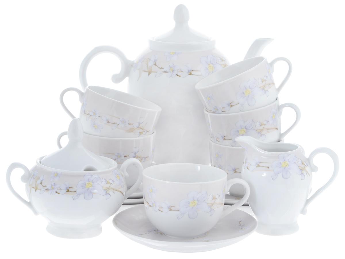 Сервиз чайный Bekker Koch, 15 предметов. BK-7146471355Сервиз чайный Bekker Koch состоит из шести чашек, шести блюдец, заварочного чайника, молочника и сахарницы, изготовленных из фарфора. Предметы набора оформлены красочным изображением цветов.Изящный дизайн придется по вкусу и ценителям классики, и тем, кто предпочитает утонченность и изысканность. Он настроит на позитивный лад и подарит хорошее настроение с самого утра. Сервиз чайный - идеальный и необходимый подарок для вашего дома и для ваших друзей в праздники, юбилеи и торжества! Он также станет отличным подарком и украшением любой кухни.Объем чашек: 220 мл.Диаметр чашек (по верхнему краю): 8,5 см.Высота чашек: 6,5 см.Диаметр блюдец (по верхнему краю): 15,4 см.Высота блюдец: 2 см.Объем сахарницы: 280 мл.Высота сахарницы (с учетом крышки): 13 см.Диаметр сахарницы (по верхнему краю): 8 см. Объем чайника: 1,1 л.Высота чайника (с учетом крышки): 23 см.Диаметр чайника (по верхнему краю): 8 см. Объем молочника: 280 мл.Высота молочника: 10,5 см.Размер молочника по верхнему краю (с учетом носика): 7 см х 5 см.