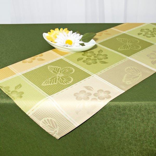 Дорожка для декорирования стола Schaefer, цвет: зеленый, желтый, бежевый, 40 см х 140 см. 07551-211VT-1520(SR)Дорожка Schaefer, выполненная из полиэстера с водоотталкивающей пропиткой, станет изысканным украшением интерьера. Изделие декорировано изображением цветов и бабочек. Такую дорожку можно использовать для украшения комодов, тумб и столов.За текстилем из полиэстера очень легко ухаживать: он легко стирается, не мнется, не садится и быстро сохнет, более долговечен, чем текстиль из натуральных волокон.Такая дорожка изящно дополнит интерьер вашего дома.