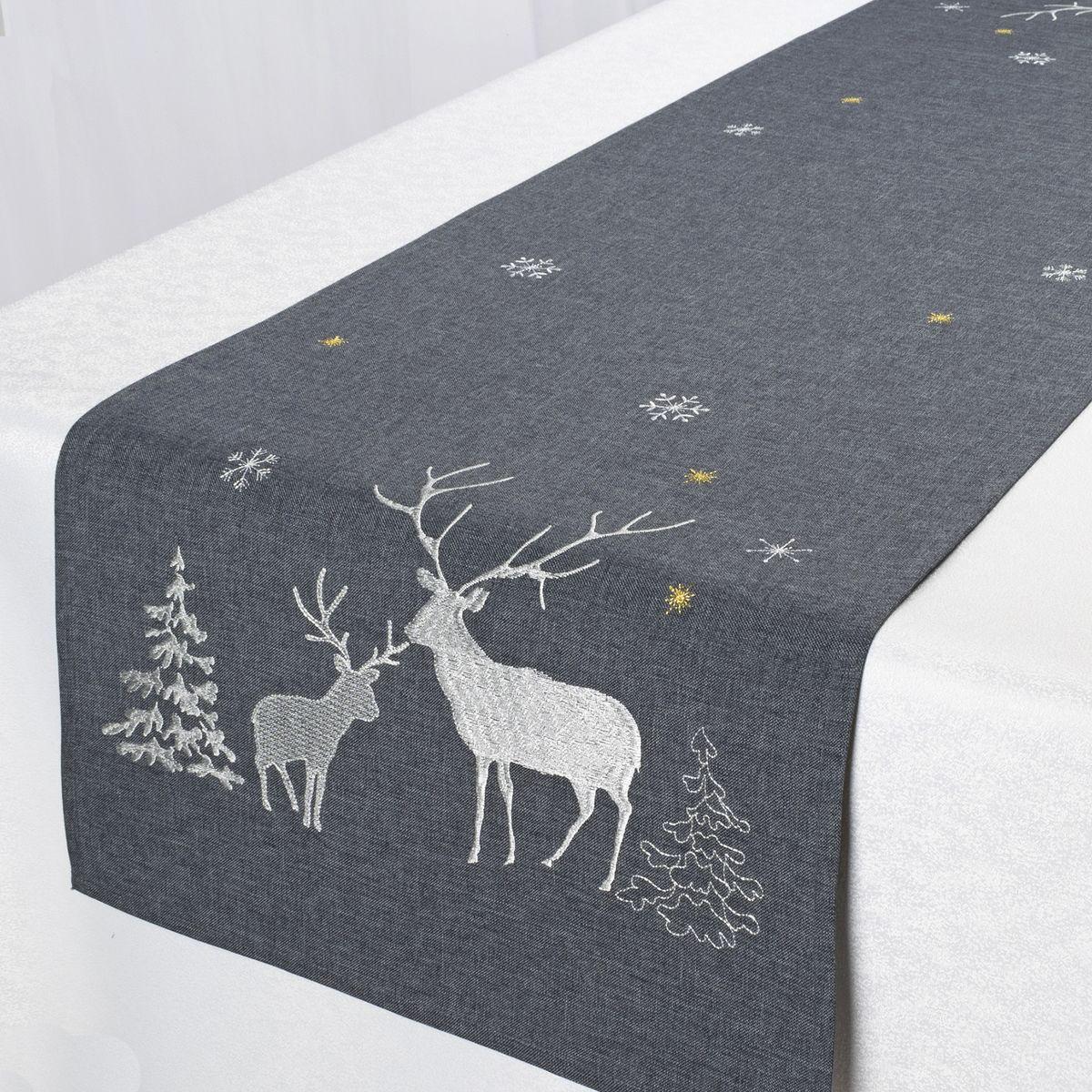 Дорожка для декорирования стола Schaefer, цвет: темно-серый, 40 х 140 см 07670-2111004900000360Дорожка Schaefer, выполненная из полиэстера, станет изысканным украшением интерьера в преддверии Нового года. Изделие декорировано красивой вышивкой в виде оленей. Такую дорожку можно использовать для украшения комодов, тумб и столов. За текстилем из полиэстера очень легко ухаживать: он легко стирается, не мнется, не садится и быстро сохнет, более долговечен, чем текстиль из натуральных волокон.Такая дорожка изящно дополнит интерьер вашего дома.