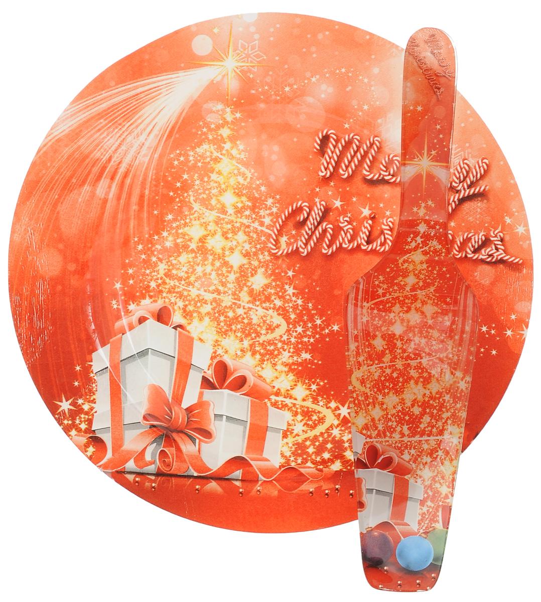 Набор для торта Lillo Новогодний, 2 предмета115510Набор для торта Lillo Новогодний состоит из круглого блюда и лопатки. Изделия выполнены из стекла и оформлены изображением подарков и надписью Merry Christmas. Набор идеален для подачи тортов, пирогов и другой выпечки.Яркий новогодний дизайн сделает набор изысканным украшением праздничного стола.Диаметр блюда: 25 см.Длина лопатки: 26,5
