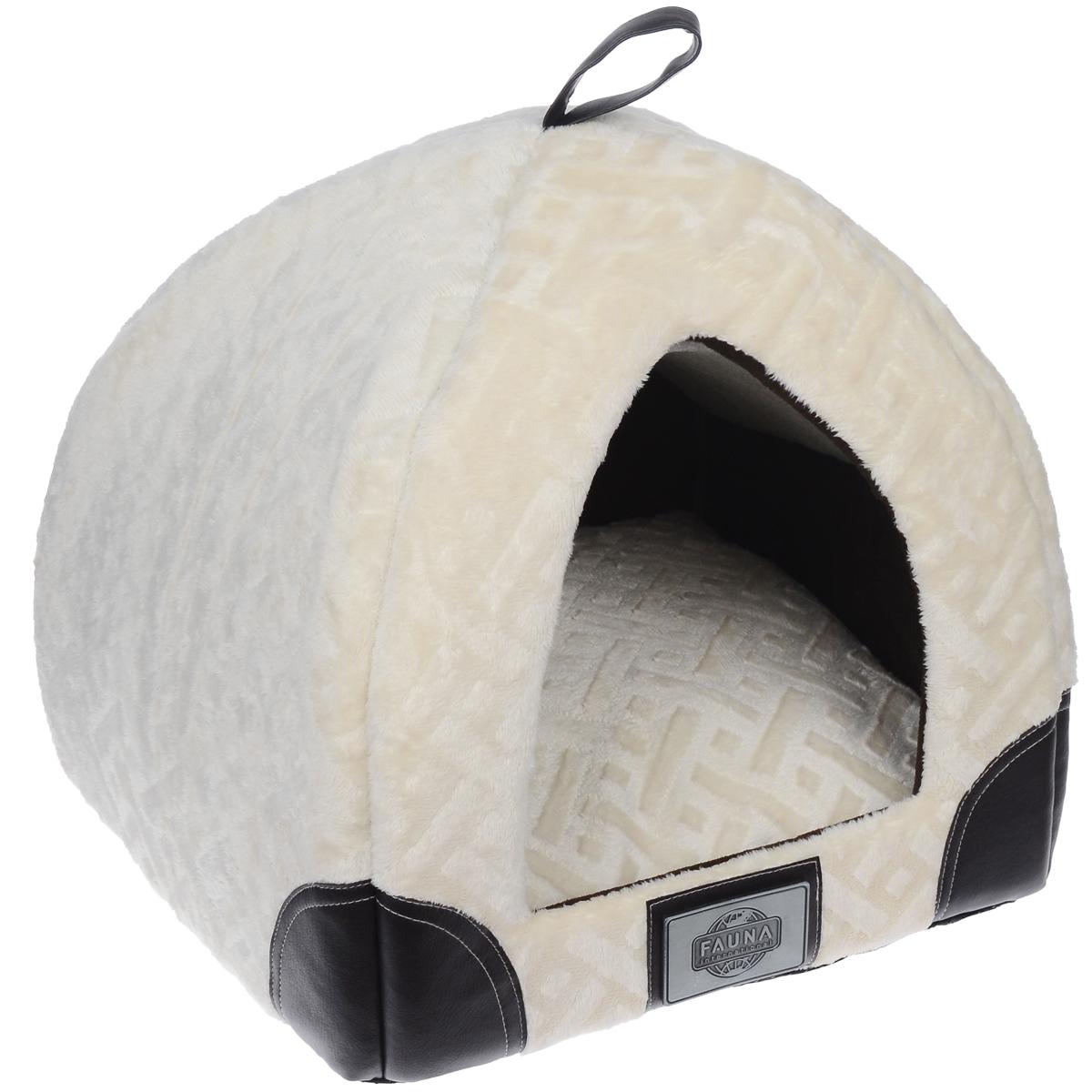 Домик для кошки Fauna Regina igloo, цвет: бежевый, коричневый, 35 см х 35 см х 40 см0120710Домик для кошки Fauna Regina igloo обязательно понравится вашему питомцу. Изделие выполнено из фактурного плюша, внутри отделано флисом. Домик украшен накладками из кожи и металлическим декором.Ваш любимец сразу же захочет забраться внутрь, там он сможет отдохнуть и спрятаться. Компактные размеры позволят поместить домик, где угодно, а приятная цветовая гамма сделает его оригинальным дополнением к любому интерьеру.Внутренняя высота домика: 38 см.Толщина подушки: 13 см.Толщина стенки: 2 см.