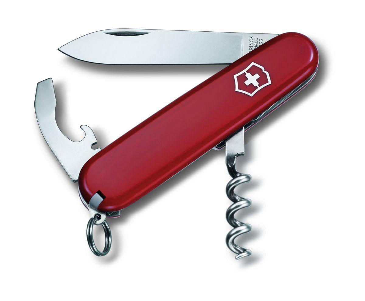 Нож перочинный Victorinox Waiter, цвет: красный, 9 функций, 8,4 см0.3303Лезвие перочинного складного ножа Victorinox Waiter изготовлено из высококачественной нержавеющей стали. Ручка, выполненная из прочного пластика, обеспечивает надежный и удобный хват.Хорошее качество, надежный долговечный материал и эргономичная рукоятка - что может быть удобнее на природе или на пикнике!Функции ножа:Большое лезвие.Комбинированный инструмент, совмещающий 4 функции:открывалка для бутылок, открывалка для консервов, отвертка, инструмент для снятия изоляции.Штопор.Кольцо для ключей.Пинцет.Зубочистка.Длина ножа в сложенном виде: 8,4 см.Длина ножа в разложенном виде: 14,5 см.