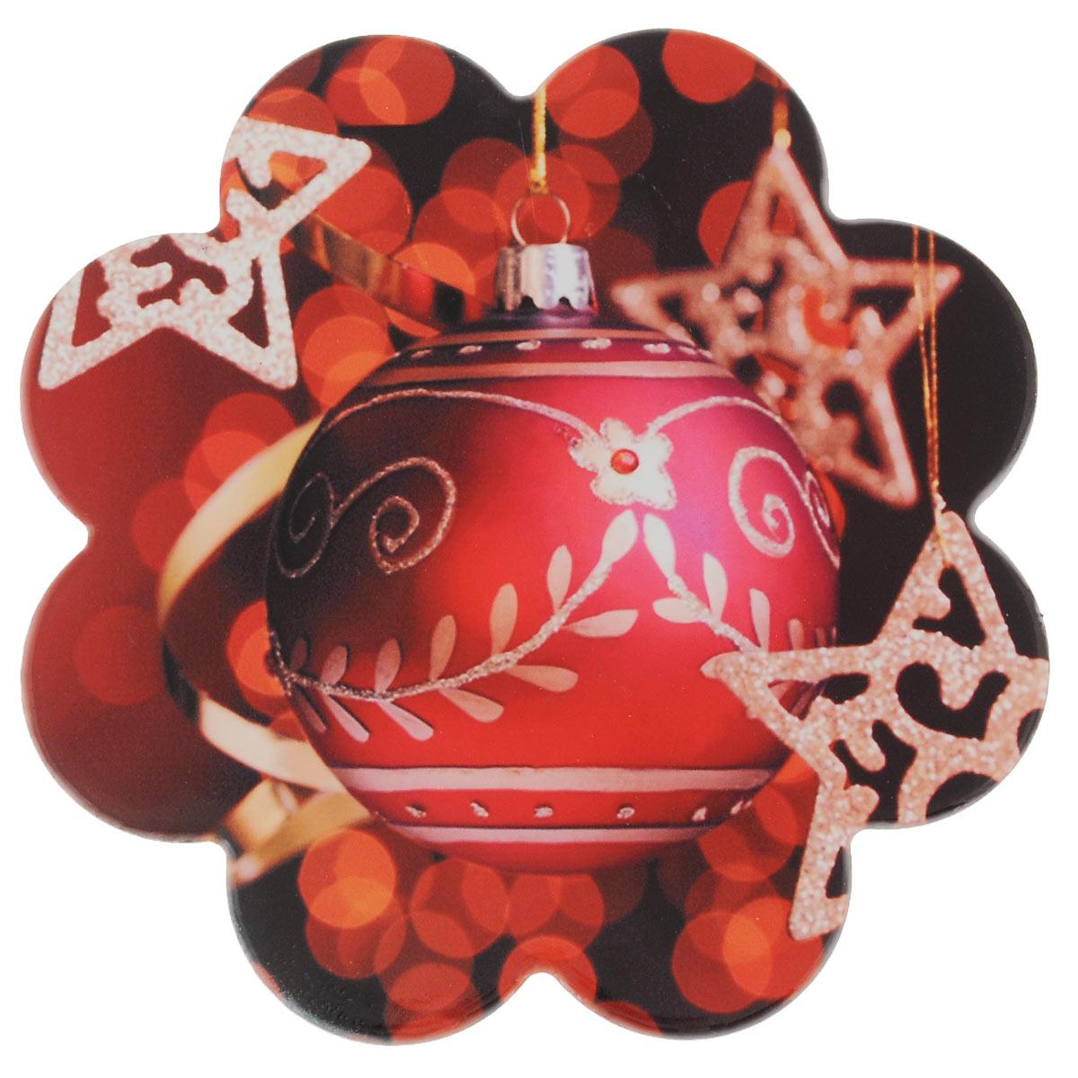 Подставка под горячее Lillo, диаметр 19 см. 216527115510Подставка под горячее Lillo, выполненная из высококачественной керамики, идеально впишется в интерьер современной кухни. Дно, выполненное из пробки, не даст подставке скользить по поверхности стола. Каждая хозяйка знает, что подставка под горячее - это незаменимый и очень полезный аксессуар на каждой кухне. Ваш стол будет не только украшен оригинальной подставкой с красивым новогодним рисунком, но и сбережен от воздействия высоких температур ваших кулинарных шедевров.Диаметр: 19 см. Высота: 1 см.