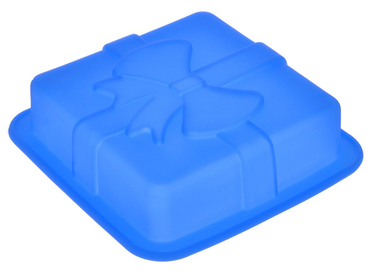 Форма для выпечки Mayer & Boch, силиконовая, квадратная, цвет: синий, 12 см х 12 см х 3 см22078_синийФорма для выпечки Mayer & Boch изготовлена из высококачественного силикона. Стенки формы легко гнутся, имеют антипригарные свойства, что позволяет легко достать готовую выпечку и сохранить аккуратный внешний вид блюда. Можно использовать в духовом шкафу при температуре до 230°С.Внутренний размер формы: 9,5 см х 9,5 х 2,5 см.