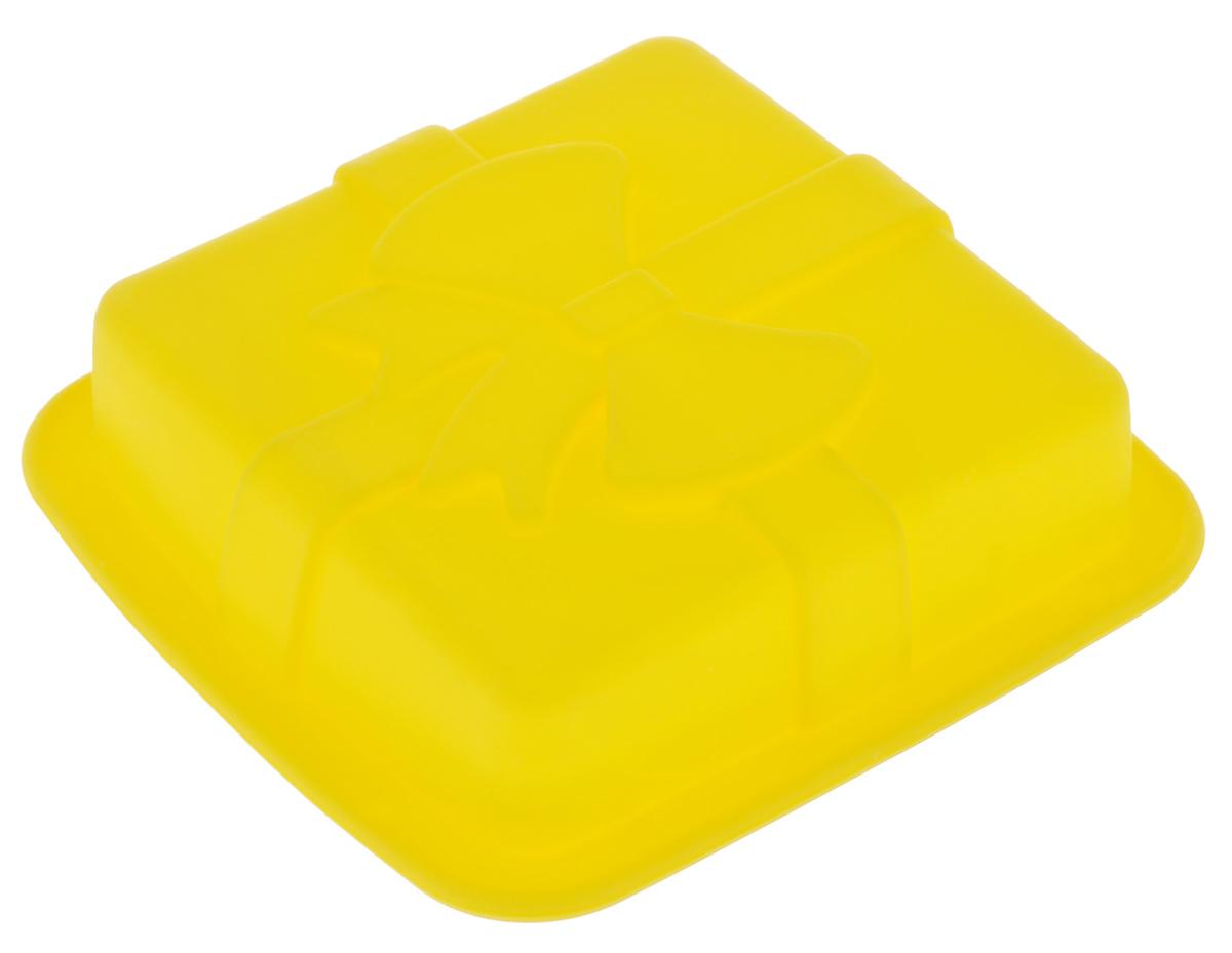 Форма для выпечки Mayer & Boch, силиконовая, квадратная, цвет: желтый, 12 х 12 х 3 см598-094Форма для выпечки Mayer & Boch изготовлена из высококачественного силикона. Стенки формы легко гнутся, имеют антипригарные свойства, что позволяет легко достать готовую выпечку и сохранить аккуратный внешний вид блюда. Можно использовать в духовом шкафу при температуре до 230°С.Внутренний размер формы: 9,5 см х 9,5 х 2,5 см.