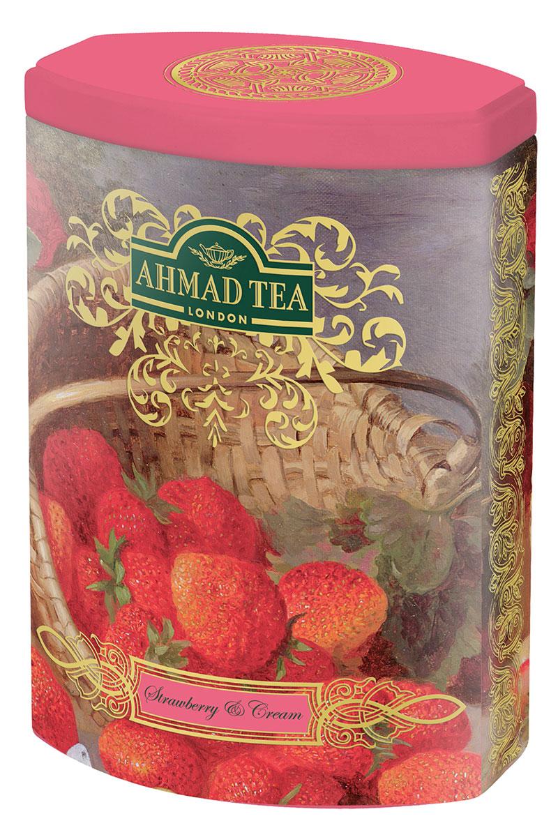 Ahmad Tea Strawberry and Cream черный листовой чай, 100 г (ж/б)610150Сочетание клубники со сливками - классический десертный дуэт, в котором главную ноту играет клубника в томном сливочном соусе. В рецепте Strawberry and Cream от Ahmad Tea добавлена ваниль, которая усложняет бархатный вкус черного цейлонского чая.