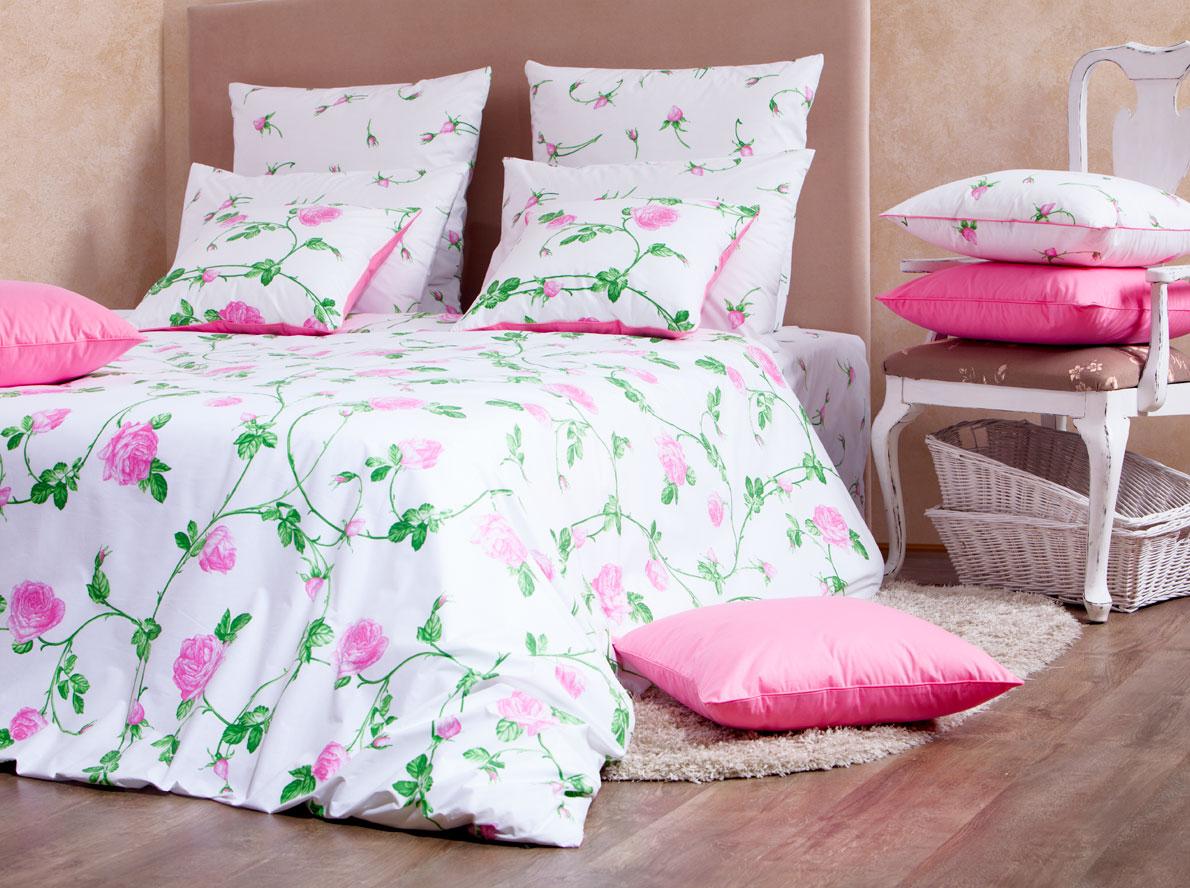 Комплект белья Mirarossi Vittoria, 2-спальный, наволочки 70х70, цвет: белый, розовый, зеленыйCA-3505Роскошный комплект постельного белья Mirarossi Vittoria выполнен из ткани Перкаль, натурального 100% хлопка. Ткань приятная на ощупь, при этом она прочная, хорошо сохраняет форму и не образует катышков на поверхности. Инновационная технология обработки ткани Easy Care позволяет белью дольше оставаться свежим. Органические активные вещества Easy Care на основе натуральных компонентов, эффективно препятствуют сминаемости и деформации ткани, что позволяет вам практически не тратить время на глажку постельного белья. Комплект состоит из пододеяльника, простыни и двух наволочек. Изделия оформлены цветочным принтом. Благодаря такому комплекту постельного белья вы создадите неповторимую атмосферу в вашей спальне.