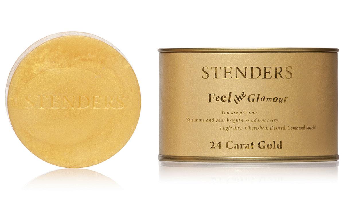 Stenders Мыло Золотое, 115 гZZЭксклюзивное золотое мыло создаст праздничное настроение в вашей ванной комнате. Благодаря ценным ингредиентам – золоту и экстракту граната – мыло позаботится о молодости вашей кожи. Мы измельчаем драгоценное 24-каратное золото на наночастицы, чтобы каждая из них могла проникнуть в самые глубокие слои кожи и стимулировать восстановление клеток кожи. Если прекрасные жены фараонов в Древнем Египте во время косметических процедур использовали лишь частично измельченное золото, то современные технологии позволяют лучше ощущать силу природных ингредиентов. Экстракт гранатов, растущих под южным солнцем, как богатый источник антиоксидантов, идеально дополнит воздействие мыла. Ваша кожа станет гладкой и шелковистой. Изысканный дизайнерский аромат оставит на вашем теле тонкий запах духов.Позвольте себе купаться в золоте!Экстракт плодов граната, напитанных южным солнцем, является богатым источником натуральных антиоксидантов, калия и фосфора. Этот экстракт помогает сохранить естественный уровень влажности кожи, делая ее гладкой и шелковистой. А также он способствует восстановлению клеток кожи, заботясь о её красоте и эластичности. Изысканный дизайнерский аромат создает ощущение эксклюзивности и праздника. Цветочный гурман ванильный с нотами аниса, бергамота, апельсина, розы, белых цветов, мускуса и сандала. Золото считается особо эффективным средством для сохранения влажности и эластичности кожи. Глицерин – это органическое соединение с увлажняющим и смягчающим кожу воздействием. Кроме того, ему присуща способность привлекать влагу из воздуха. Дополнительное увлажнение и питание вашей коже обеспечит нежный крем. Мы включили его, поскольку знаем, как важно заботиться о хорошем самочувствии кожи.