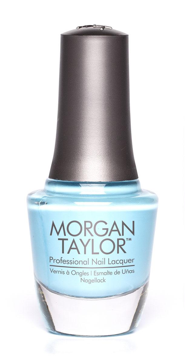 Morgan Taylor Лак для ногтей Varsity Jacket Blues/Цвет твоей победы, 15 млперфорационные unisexПлотная пастельно-голубая эмаль.Эксклюзивная коллекция Morgan Taylor™ насыщена редкими и драгоценными составляющими. Оттенки основаны на светящихся жемчужинах, оловянных сплавах, мерцающем серебре и лучезарном золоте. Все пигменты перетерты в мельчайшую пыль и используются без разбавления другими красителями: в итоге лак получается благородным и дорогим.Наша обязанность перед мастером маникюра — предложить безопасное профессиональное цветное покрытие. Именно поэтому наши лаки являются BIG3FREE: не содержат формальдегида, толуола и дибутилфталата.В работе с клиентом лак должен быть безупречным — от содержимого флакона до удобства нанесения. Индивидуальный проект и дизайн — сочетание удобства в работе и оптимального веса флакона. Кристально-прозрачное итальянское стекло — это качество стекла позволяет вам видеть цвет лака без искажений, поэтому вопрос выбора цветного покрытия клиентом и мастером решается быстро и с легкостью. Удобный колпачок — воздушный, почти невесомый, он будто создан, чтобы вы держали его пальцами рук при нанесении лака. Особенная кисть — очень тонкие волоски кисти позволят вам почувствовать себя настоящим художником и наносить лак гладко и равномерно.