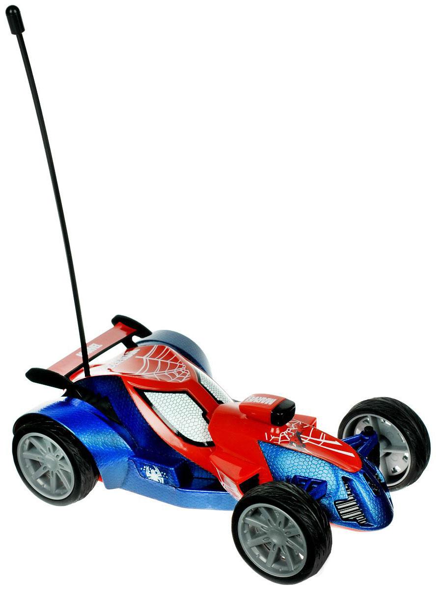 """Радиоуправляемая модель Majorette """"Ultimate Spider-Man"""" не оставит равнодушным вашего ребенка. Модель с двухканальным управлением выполнена в виде машинки в стиле Человека-Паука из красно-синего пластика, шины - из мягкой резины. Модель при помощи пульта управления может перемещаться вперед- влево-вправо, назад-влево-вправо и останавливаться, имеется функция """"турбо"""". В комплект входит машинка, пульт управления и инструкция по эксплуатации на русском языке. Ваш ребенок часами будет играть с моделью, придумывая различные истории и устраивая соревнования. Порадуйте его таким замечательным подарком! Для работы машины необходимы 3 батарейки напряжением 1,5V типа АА (не входят в комплект), для работы пульта управления нужна 3 батарейки напряжением 1,5V типа ААА (не входят в комплект)."""