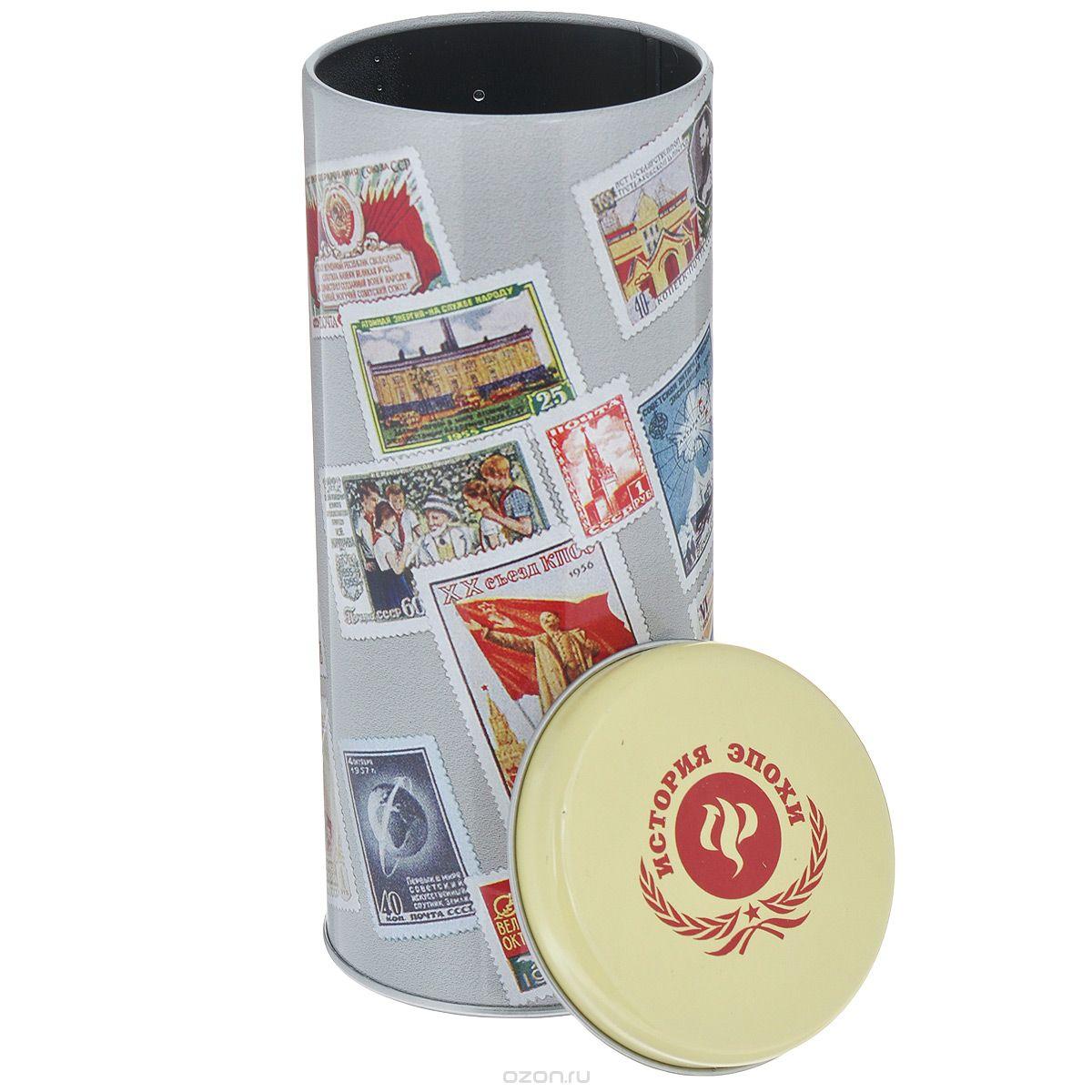 Емкость для сыпучих продуктов Феникс-Презент Почтовые марки, 750 млVT-1520(SR)Емкость для сыпучих продуктов Феникс-Презент Почтовые марки изготовлена из окрашенного черного металла. Изделие оформлено красочным изображением советских почтовых марок. Плотно закрывается крышечкой. В такой емкости удобно хранить специи, соль, сахар, кофе, чай и другие сыпучие продукты. Такая емкость стильно дополнит любой кухонный интерьер, добавив немного ретро в окружающую обстановку.
