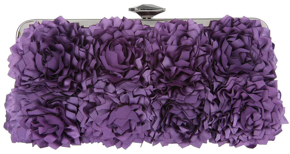 Клатч Fabretti, цвет: фиолетовый. WL869410931-1Элегантный вечерний клатч Fabretti выполнен из полиэстера. Клатч оформлен кокетливыми цветками из полиэстера.Изделие содержит одно отделение и закрывается на рамочный замок, который оформлен граненым кристаллом. Внутри расположен накладной карман. Клатч оснащен укороченным наплечным ремнем-цепочкой.Клатч Fabretti прекрасно завершит ваш праздничный образ.