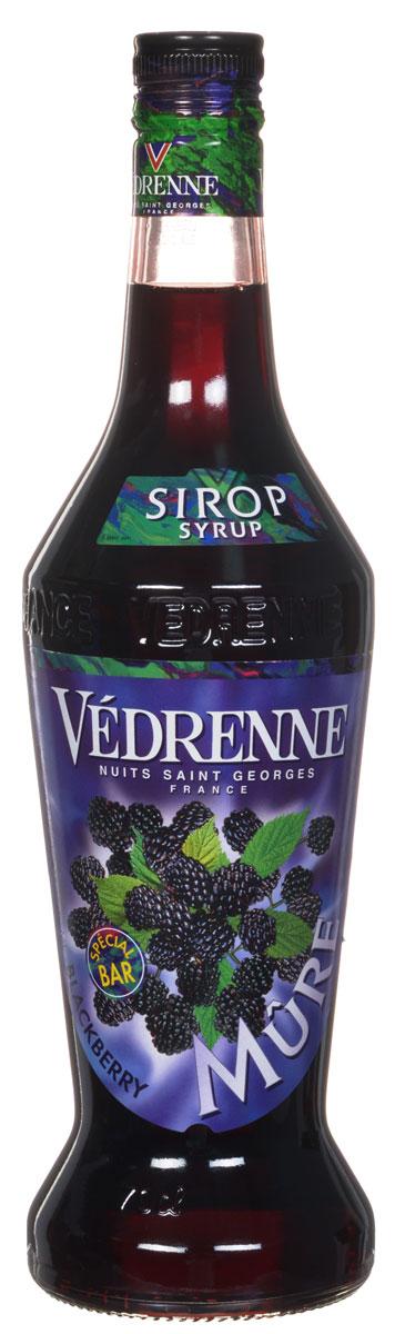 Vedrenne Ежевика сироп, 0,7 л0120710Сироп Ежевика - это вкусное и полезное дополнение к самым разным напиткам и десертам.На данный момент известно более двухсот разновидностей ежевики. Вкусные иполезные ягоды ежевики, из которых потом производители изготовят сироп, всегда можноотличить благодаря ярко-красному или черно-фиолетовому цвету (оттенок зависит от видаягоды).Сироп Ежевика можно добавлять в безалкогольные и алкогольные коктейли,мороженое, кофе, холодный чай, компот, лимонад, десерты. Кроме того, напиток с мягким,обволакивающим, нежным, бархатистым вкусом и изысканным, многогранным ароматом будетпрекрасным дополнением к различным муссам, желе, пуншам, минеральной воде, горячемушоколаду, содовой, какао, глинтвейну, выпечке и кондитерским изделиям.Сиропы изготавливаются на основе натурального растительного сырья, фруктовых и ягодныхсоков прямого отжима, цитрусовых настоев, а также с использованием очищенной воды безвредных примесей, что позволяет выдержать все ценные и полезные свойства натуральныхфруктово-ягодных плодов и трав. В состав сиропов входит только натуральный сахар,произведенный по традиционной технологии из сахарозы. Благодаря высокому содержаниюконцентрированного фруктового сока, сиропы Vedrenne обладают изысканным ароматом инатуральным вкусом, являются эффективным подсластителем при незначительнойкалорийности. Они оптимизируют уровень влажности и процесс кристаллизации десертов,хорошо смешиваются с другими ингредиентами и способствуют улучшению вкусовых качествнапитков и десертов.Сиропы Vedrenne разливаются в стеклянные бутылки с яркими этикетками, на которыхизображен фрукт, ягода или другой ингредиент, определяющий вкусовые оттенки того илииного продукта Vedrenne. Емкости с сиропами Vedrenne герметичны, поэтому не позволяютсодержимому контактировать с микроорганизмами и другими губительными внешнимивоздействиями. Кроме того, стеклянные бутылки выглядят оригинально и стильно.В настоящее время компания Vedrenne считается одним из лучших производит