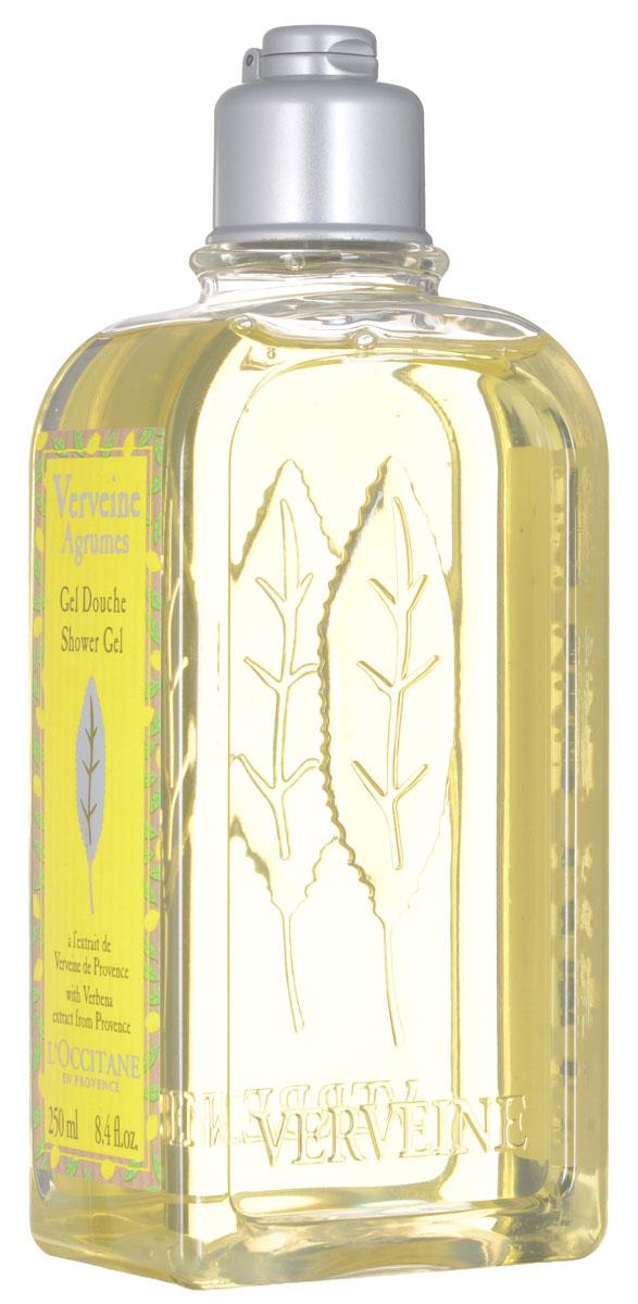 LOccitane Гель для ванн и душа Вербена-Цитрус, 250 млDSM76Гель для ванн и душа Вербена-Цитрус с ярким освежающим ароматом нравится и мужчинам, и женщинам. Цитрусовый аромат вербены от LOccitane заключён в пластиковый небьющийся флакон. В состав геля входят эфирные масла вербены, апельсина, герани и лимона, которые смягчают и питают даже самую чувствительную кожу, а также наполняют ванную комнату дивным бодрящим ароматом.Товар сертифицирован.