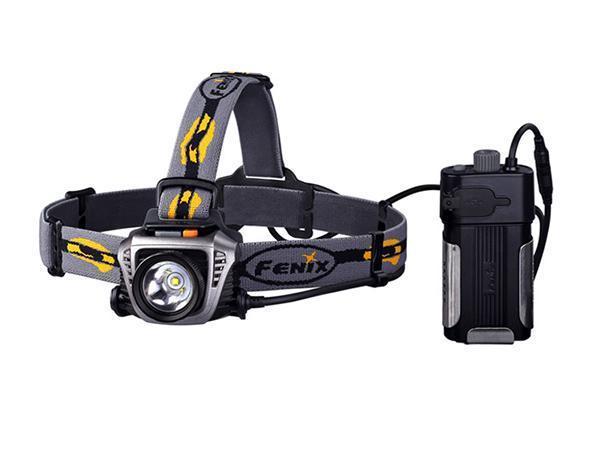 Фонарь налобный Fenix HP30 серыйKOC-H19-LEDНалобный фонарь Fenix HP30 CREE XM-L2 работает на основе новейшего светодиода XM-L2 со сроком эксплуатации 50 000 часов. Максимальная мощность его светового потока составляет 900 люмен. Пользователям доступны 5 различных уровней яркости и специальный режим SOS для подачи сигналов.Turbo: 900 люмен; High: 500 люмен / 3 часа 50 минут; Mid: 200 люмен / 12 часов; Low: 65 люмен / 32 часа 40 минут; Eco: 4 люмен / 300 часов; SOS. Дальность светового потока этого фонаря достигает 233 м. Этого достаточно для создания комфортного уровня освещения даже в густом тумане или в подземной пещере. Выносной батарейный отсек фонаря Fenix HP30 CREE XM-L2 рассчитан на 2 аккумулятора типа 18650 или 4 формата CR123A (батарейки в комплект не входят). Его можно как разместить на системе ремешков на голову, так и прикрепить на поясной ремень или положить в карман. Более того, в конструкции батарейного блока предусмотрен разъем USB, через который от фонаря можно заряжать другие портативные устройства. А для лучшего охлаждения элементов питания и их защиты от возможного повреждения, аккумуляторный отсек помещен в специальную алюминиевую конструкцию.Чтобы пользоваться фонарем Fenix HP30 CREE XM-L2 было максимально удобно в любых условиях, в головной части устройства использован механизм наклона на угол до 60°. В этой модели нашли отражение и другие современные технологии, повышающие практичность и надежность Fenix HP30. В том числе, это индикатор уровня оставшегося заряда, возможность «запомнить» последний выбранный режим света, зашита от установки элементов питания в неправильном положении.Как и вся продукция компании Fenix, фонарь HP30 CREE XM-L2 отвечает высоким требованиям международных стандартов защиты от влаги и механических повреждений. Этот осветительный прибор может работать даже под дождем или снегом, а его корпус комбинирует детали из авиационного алюминия и ударопрочного высококлассного пластика.Особенности: максимальная мощность светового 