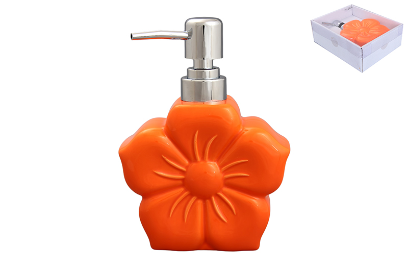 Дозатор Elan Gallery Цветок, цвет: оранжевый, 400 млS03301004Диспенсер для жидкого мыла Elan Gallery Цветок, изготовленный из высококачественной керамики, имеет оригинальную форму. Диспенсер снабжен губкой для мытья посуды и дозатором. Дозатор выполнен из пластика под хром. Он очень удобен и прост в использовании: просто нажмите на него и выдавите необходимое количество средства. Диспансер подходит для жидкого мыла, моющего средства для мытья посуды, различных лосьонов.Такой диспансер дополнит интерьер кухни или ванной комнаты и станет замечательным приобретением для любой хозяйки. Размер диспенсера (с учетом дозатора): 12 см х 5,5 см х 16,2 см.