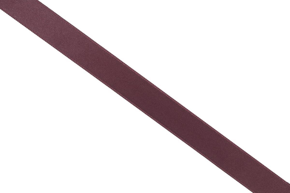 Лента атласная Prym, цвет: темно-бордовый, ширина 15 мм, длина 25 мNLED-454-9W-BKАтласная лента Prym изготовлена из 100% полиэстера. Область применения атласной ленты весьма широка. Изделие предназначено для оформления цветочных букетов, подарочных коробок, пакетов. Кроме того, она с успехом применяется для художественного оформления витрин, праздничного оформления помещений, изготовления искусственных цветов. Ее также можно использовать для творчества в различных техниках, таких как скрапбукинг, оформление аппликаций, для украшения фотоальбомов, подарков, конвертов, фоторамок, открыток и многого другого.Ширина ленты: 15 мм.Длина ленты: 25 м.