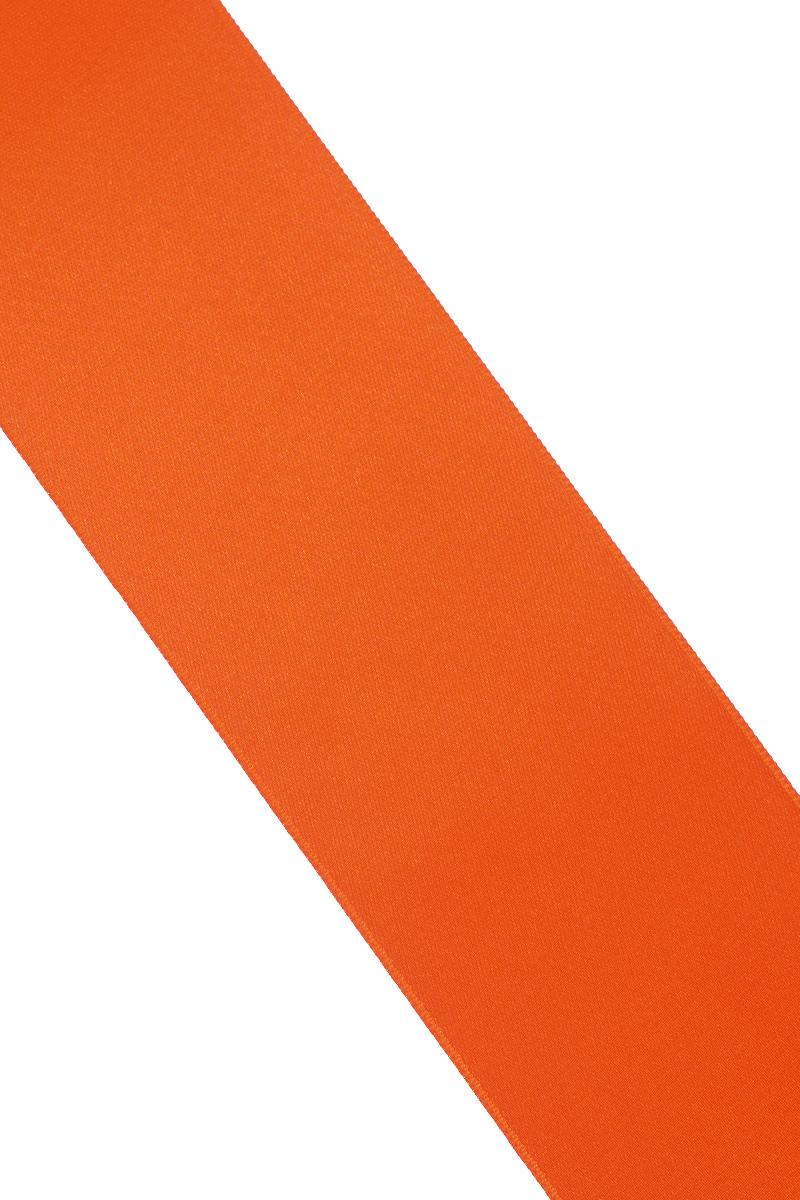 Лента атласная Prym, цвет: оранжевый, ширина 50 мм, длина 25 м55052Атласная лента Prym изготовлена из 100% полиэстера. Область применения атласной ленты весьма широка. Изделие предназначено для оформления цветочных букетов, подарочных коробок, пакетов. Кроме того, она с успехом применяется для художественного оформления витрин, праздничного оформления помещений, изготовления искусственных цветов. Ее также можно использовать для творчества в различных техниках, таких как скрапбукинг, оформление аппликаций, для украшения фотоальбомов, подарков, конвертов, фоторамок, открыток и многого другого.Ширина ленты: 50 мм.Длина ленты: 25 м.