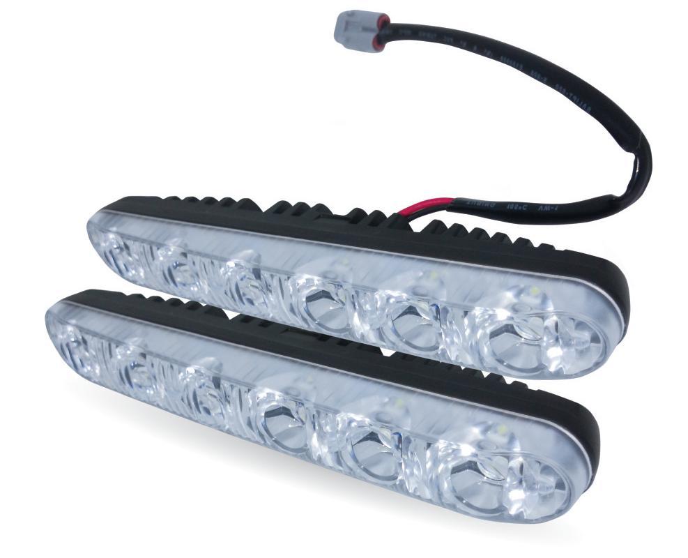 Дневные ходовые огни AVS DL-6B, 2 шт2706 (ПО)Дневные ходовые огни AVS DL-6B - это лампы грузового или легкового автомобиля, используемые для повышения видимости автотранспортного средства в дневное время.Напряжение: 12 В.Общая мощность: 12 Вт.Количество светодиодов: 6 х 2.Модель светодиода: Epistar (HP 1W).Температура свечения: 5000 К.Общий световой поток: 900 Лм.IP защита: 67 (6-полная защита от пыли, 7-защита от проникновения воды при кратковременном погружении на глубину до 1 метра).