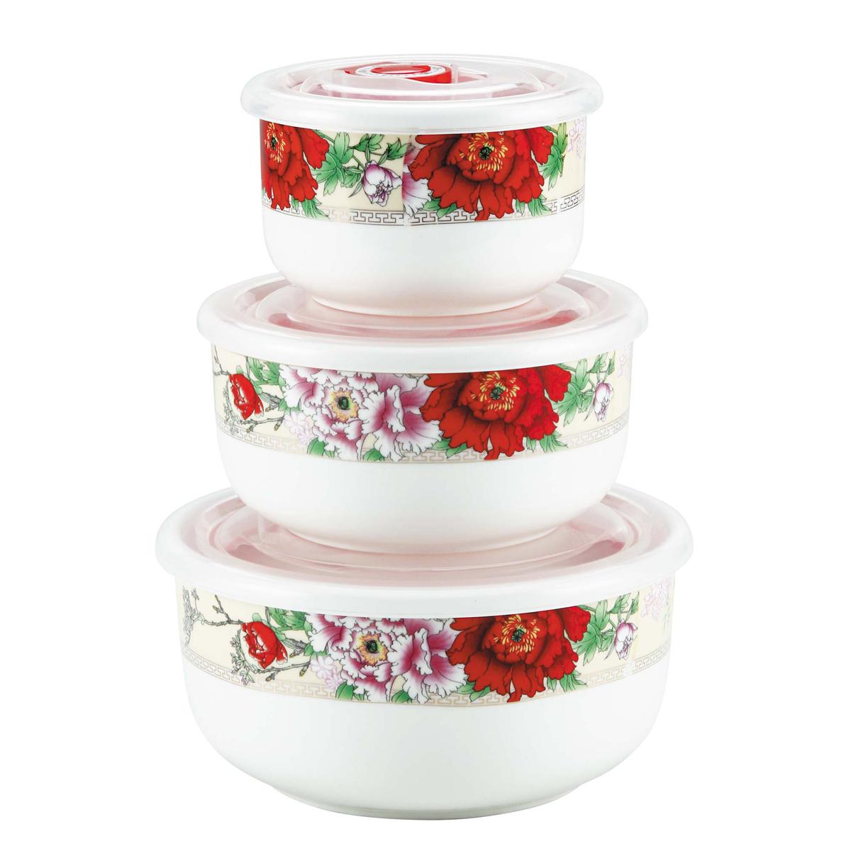 Набор контейнеров Bekker Красные цветы, 3 штVT-1520(SR)Набор Bekker Красные цветы состоит из трех круглых контейнеров, выполненных из высококачественного фарфора. Внешние стенки изделий декорированы красочным цветочным рисунком. Контейнеры снабжены пластиковыми прозрачными крышками, которые имеют силиконовую прослойку и клапан для создания вакуума, это позволяет дольше хранить продукты. Такой набор подходит для домашнего использования, контейнеры также удобно брать с собой на учебу или работу. Подходят для приготовления блюд в микроволновой печи и духовом шкафу (без крышки) при нагревании до +130°С и для замораживания (с крышкой) при температуре -30°С. Подходят для чистки в посудомоечной машине. Диаметр контейнеров: 10 см, 13 см, 15 см. Высота стенок контейнеров: 6 см, 6,5 см, 7 см. Объем контейнеров: 300 мл, 550 мл, 950 мл.