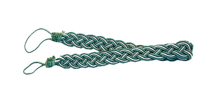 Подхват для штор Goodliving Коса, цвет: зеленый, серебристый, длина 65 см, 2 штSVC-300Подхват для штор Goodliving Коса представляет собой плотный узор, плетеный в виде косы. Изделие оснащено петлями для фиксации штор, гардин и портьер. Подхват - это основной вид фурнитуры в декоре штор, сочетающий в себе не только декоративную функцию, но и практическую - регулировать поток света. Такой аксессуар способен украсить любую комнату.Длина подхвата (с учетом петель): 65 см. Ширина подхвата: 2,5 см.