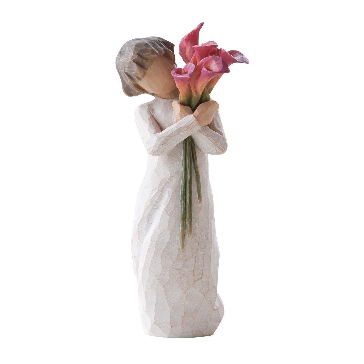Фигурка декоративная Willow Tree Расцветать, высота 14 смTHN132NДекоративная фигурка Willow Tree создана канадским скульптором Сьюзан Лорди. Фигурка выполнена из искусственного камня (49% карбонат кальция мелкозернистой разновидности, 51% искусственный камень).Фигурка Willow Tree – это настоящее произведение искусства, образная скульптура в миниатюре, изображающая эмоции и чувства, которые помогают чувствовать себя ближе к другим, верить в мечту, выражать любовь.Фигурка помещена в красивую упаковку.Купить такой оригинальный подарок, значит не только украсить интерьер помещения или жилой комнаты, но выразить свое глубокое отношение к любимому человеку. Этот прекрасный сувенир будет лучшим подарком на день ангела, именины, день рождения, юбилей.