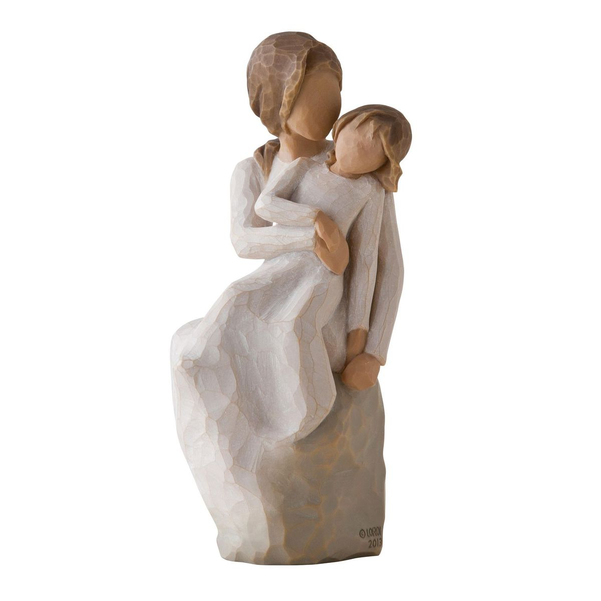 Фигурка декоративная Willow Tree Мама и дочка, высота 16 см26218Декоративная фигурка Willow Tree создана канадским скульптором Сьюзан Лорди. Фигурка выполнена из искусственного камня (49% карбонат кальция мелкозернистой разновидности, 51% искусственный камень).Фигурка Willow Tree – это настоящее произведение искусства, образная скульптура в миниатюре, изображающая эмоции и чувства, которые помогают чувствовать себя ближе к другим, верить в мечту, выражать любовь.Фигурка помещена в красивую упаковку.Купить такой оригинальный подарок, значит не только украсить интерьер помещения или жилой комнаты, но выразить свое глубокое отношение к любимому человеку. Этот прекрасный сувенир будет лучшим подарком на день ангела, именины, день рождения, юбилей.