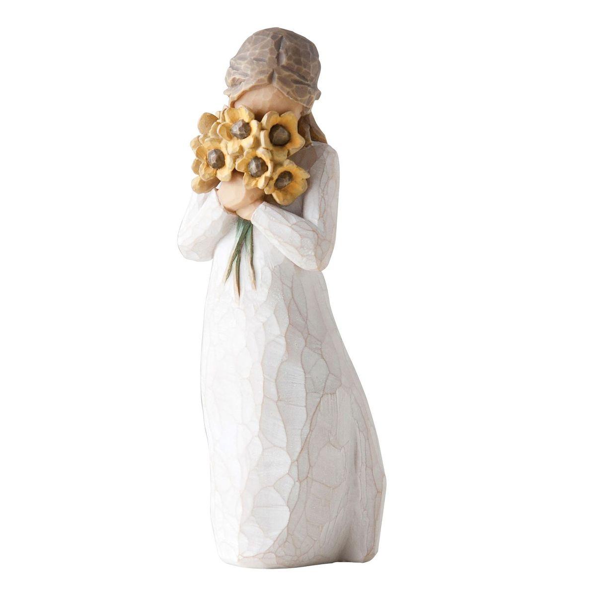 Фигурка декоративная Willow Tree Теплые объятия, высота 14 см27250Декоративная фигурка Willow Tree создана канадским скульптором Сьюзан Лорди. Фигурка выполнена из искусственного камня (49% карбонат кальция мелкозернистой разновидности, 51% искусственный камень).Фигурка Willow Tree – это настоящее произведение искусства, образная скульптура в миниатюре, изображающая эмоции и чувства, которые помогают чувствовать себя ближе к другим, верить в мечту, выражать любовь.Фигурка помещена в красивую упаковку.Купить такой оригинальный подарок, значит не только украсить интерьер помещения или жилой комнаты, но выразить свое глубокое отношение к любимому человеку. Этот прекрасный сувенир будет лучшим подарком на день ангела, именины, день рождения, юбилей.
