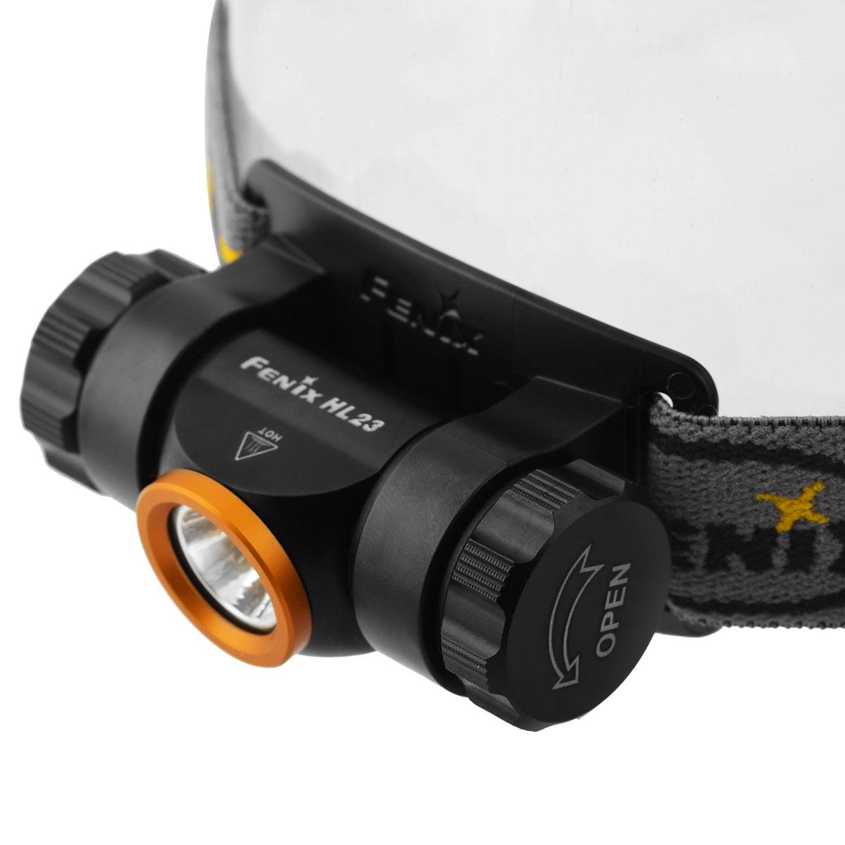 Фонарь налобный Fenix HL23 золотойKOC-H19-LEDFenix HL23 - это отлично защищенный от любых видов повреждений фонарь. При этом он еще и совсем небольшой, что позволяет включить данный прибор в список снаряжения для любого путешествия. Вес фонаря без учета аккумулятора составляет лишь 52 г. Габариты его корпуса - 71мм х 38,9 мм х 40 мм.Основой оптической системы Fenix HL23 является светодиод Cree XP-G2 R5. Он принадлежит к числу наиболее современных полупроводниковых приборов и в состоянии проработать не менее 50 000 ч. Яркость света, которую он обеспечивает, достигает 150 люмен. Осветительное устройство работает в 3 режимах. Это режимы High (150 люмен), Mid (50 люмен) и Low (3 люмена). Наиболее экономный из них может использоваться в качестве ночного света в палатке, или чтобы осветить путь непосредственно под ногами. А самый яркий дает комфортный уровень света для решения большинства задач в темное время суток. Время работы Fenix HL23 в каждом из режимов яркости зависит от того, какой элемент питания установлен в его батарейный отсек. Это может быть Ni-MH аккумулятор формата АА или щелочная батарея такого же размера. Время работы от аккумулятора для режимов в порядке убывания яркости такое: 1 ч, 20 мин; 5 ч, 40 мин; 100 ч. А вот параметры работы от щелочной батареи: 1ч; 4 ч, 25 мин; 110 ч.Независимо от типа элемента питания, в фонаре работает система защиты от короткого замыкания в случае переполюсовки батареи. Кроме того, в ходе разрядки батареи задействуется механизм цифровой стабилизации яркости.Корпус фонаря - алюминиевый, с анодированием поверхности. Это наделяет его такими свойствами, как прочность, стойкость к коррозии и воздействию абразивов. Герметичность оболочки осветительного устройства соответствует стандарту ANSI IP68. Это самый высокий уровень защиты от воды и пыли. Fenix HL23 можно смело использовать при любой погоде и не переживать за его исправность после падения в лужу или грязь.Особенности:использование светодиода Cree XP-G2 R5 с потенциалом работ