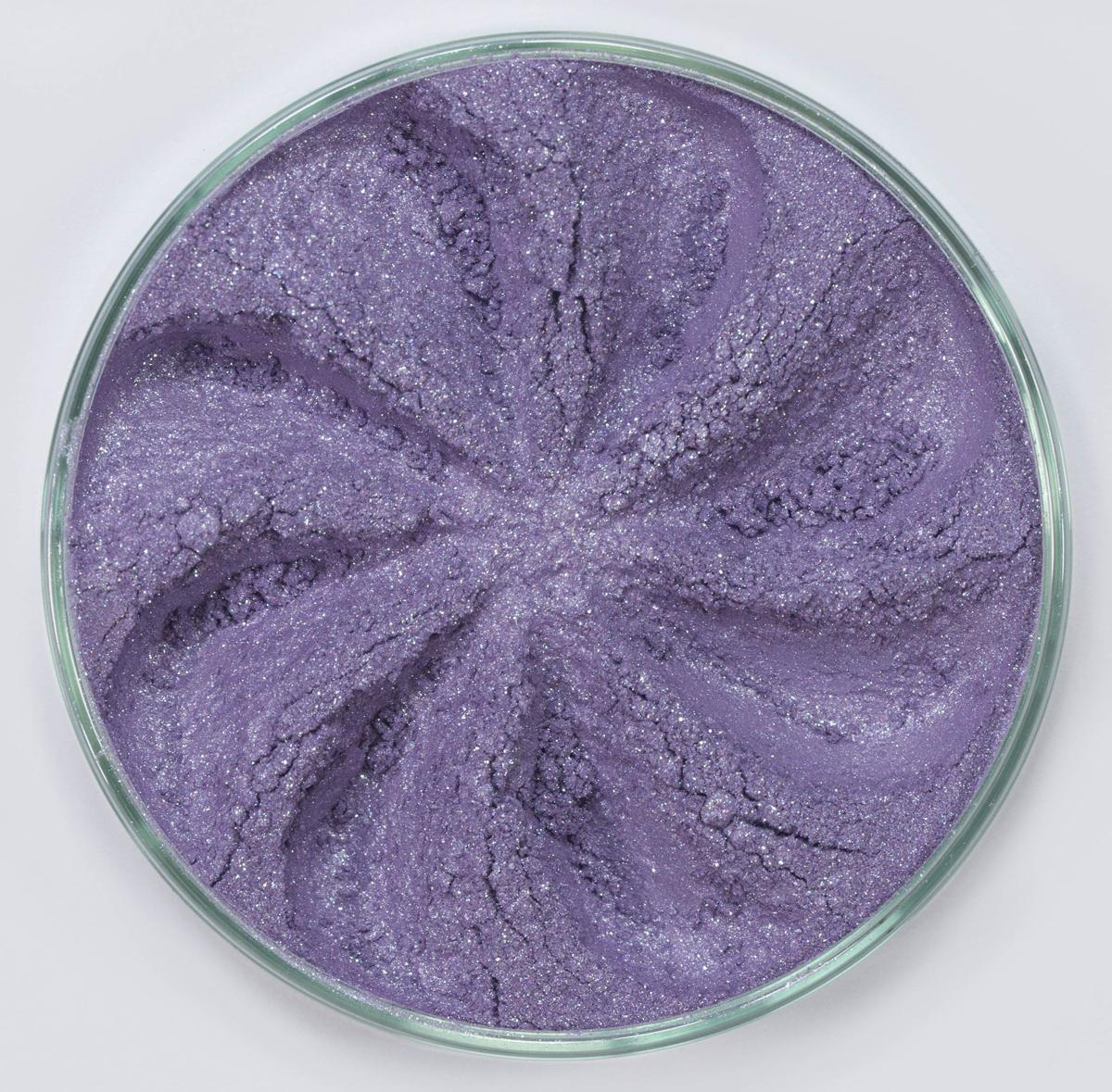 Era Minerals Минеральные Тени для век Jewel тон J26 (светло-аметистовый), 4 млSatin Hair 7 BR730MNТени для век Jewel обеспечивают комплексное покрытие, своим сиянием напоминающее как глубину, так и лучезарный блеск драгоценного камня. Текстура теней содержит в себе цвет-основу с содержанием крошечных мерцающих частиц, превосходно сочетающихся с основным цветом.Сильные и яркие минеральные пигментыМожно наносить как влажным, так и сухим способомБез отдушек и содержания масел, для всех типов кожиДерматологически протестировано, не аллергенноНе тестировано на животныхВес нетто 1г (стандартный размер)