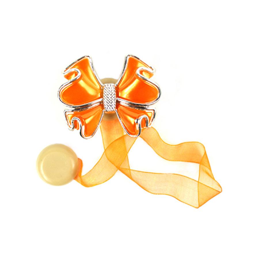 Клипса-магнит для штор Астра, цвет: оранжевый, 2 шт. 77134144620019034603Клипса-магнит Астра, изготовленная из акрила и текстиля, предназначена для придания формы шторам. Изделие представляет собой два магнита, расположенные на разных концах текстильной ленты. Один из магнитов оформлен декоративным цветком. С помощью такой магнитной клипсы можно зафиксировать портьеры, придать им требуемое положение, сделать складки симметричными или приблизить портьеры, скрепить их. Клипсы для штор являются универсальным изделием, которое превосходно подойдет как для штор в детской комнате, так и для штор в гостиной. Следует отметить, что клипсы для штор выполняют не только практическую функцию, но также являются одной из основных деталей декора этого изделия, которая придает шторам восхитительный, стильный внешний вид.Размер декоративного элемента: 6 см х 5 см х 1,5 см.Диаметр магнита: 2 см.Длина ленты: 28 см.
