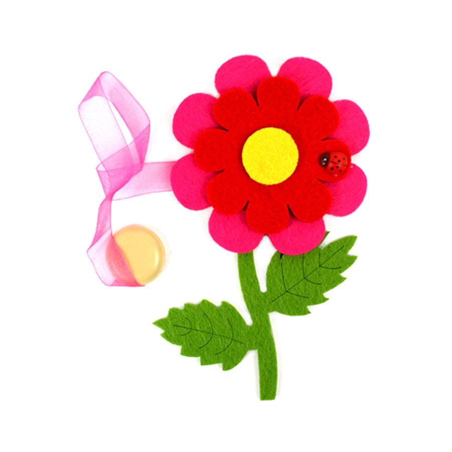 Клипса-магнит для штор Астра Цветок с декором, цвет: зеленый, красный, розовый, 15,5 х 11 см1004900000360Клипса-магнит Астра Цветок с декором, изготовленная из полиэстера и текстиля, предназначена для придания формы шторам. Изделие представляет собой два магнита, расположенные на разных концах текстильной ленты. Один из магнитов оформлен декоративным изображением цветка и божьей коровки. С помощью такой магнитной клипсы можно зафиксировать портьеры, придать им требуемое положение, сделать складки симметричными или приблизить портьеры, скрепить их. Клипсы для штор являются универсальным изделием, которое превосходно подойдет как для штор в детской комнате, так и для штор в гостиной. Следует отметить, что клипсы для штор выполняют не только практическую функцию, но также являются одной из основных деталей декора этого изделия, которая придает шторам восхитительный, стильный внешний вид.Размер декоративного элемента: 15,5 см х 11 см х 1,5 см.Диаметр магнита: 2 см.Длина ленты: 30 см.