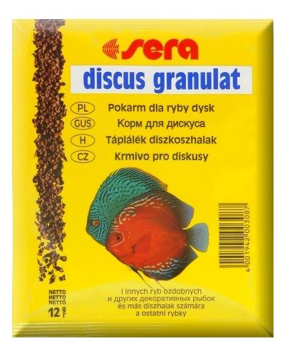 Sera Discus Granulat Корм для дискусов, гранулы 12г0120710Основной гранулированный корм для всех видов дискусов.sera дискус гранулят – медленно погружающийся гранулированный корм для дискусов и других привередливых декоративных рыб. В воде гранулы корма быстро становятся мягкими, не разбухают и, таким образом, не оказывают воздействия на животных. Размер гранул, цвет и состав превосходно согласуются со специфическими потребности дискусов и способствуют сбалансированному питанию в соответствии с их естественными потребностями.