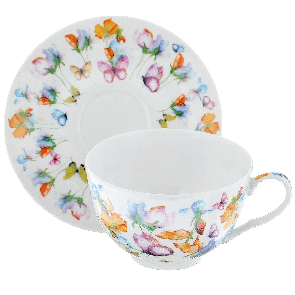 Набор подарочный чайный GiftnHome Цветы, 2 предмета115510Подарочный набор GiftnHome Цветы состоит из чашки и блюдца. Изделия выполнены из тонкого фарфора, оформленного красочным изображением цветов и бабочек. Такой набор станет изящным украшение стола к чаепитию. Прекрасный подарок к любому случаю. Набор упакован в подарочную коробку с крышкой, декорированной сиреневой атласной лентой. Можно использовать в посудомоечной машине и СВЧ. Объем чашки: 280 мл. Диаметр чашки (по верхнему краю): 10,5 см. Высота чашки: 6 см. Диаметр блюдца: 14,5 см.