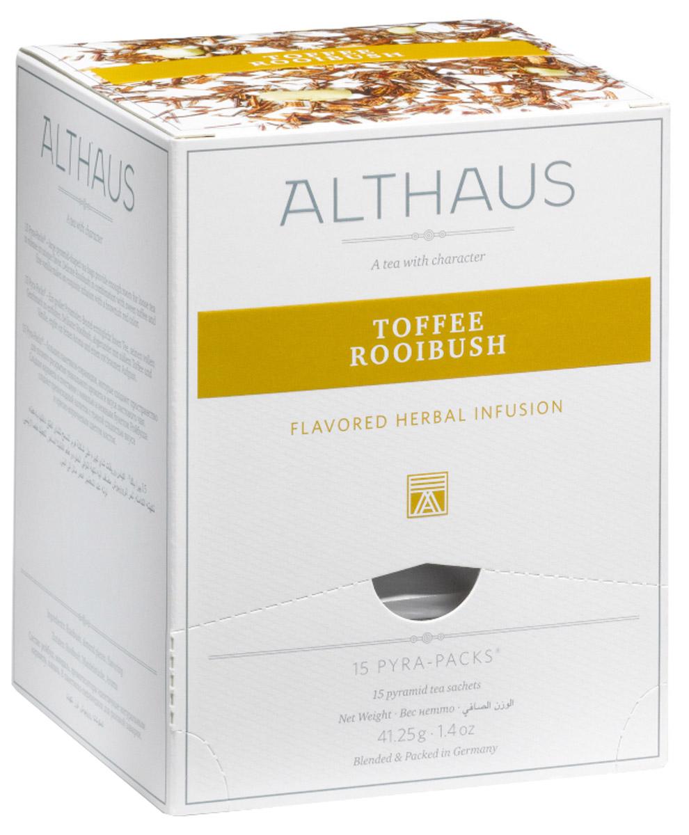 Althaus Toffee Rooibush чайный напиток травяной в пирамидках, 15 шт0120710В замечательном десертном купаже Althaus Toffee Rooibush необычный, сладковато-древесный вкус отборного африканского чая гармонично дополняется нежным оттенком сливочной карамели тоффи и бархатистой горчинкой миндаля. Восхитительный букет амбровых ароматов, теплый и глубокий, приятно согревает вечерами и хорошо сочетается с изысканными десертами.Карамель тоффи появилась на севере Англии и стала особенно популярна в начале XIX века, когда снизилась цена на сахар и патоку, необходимые для ее приготовления. Тягучая мягкая сладость получила название toffee, которое происходит от английского слова tough со значением упругий, вязкий. Со временем в традиционный рецепт тоффи добавили знаменитые девонские сливки и миндаль, благодаря чему карамель приобрела еще более насыщенный и богатый вкус. Кусочки миндаля, входящие в состав, напоминают об утонченном английском лакомстве.Pyra-Pack - это коллекция из 13 купажей, в которую вошли лучшие сорта высококачественного листового чая, а также отборные смеси из цельных кусочков фруктов, ягод, цветочных лепестков, целебных трав. Pyra-Pack представляет собой инновационный вариант высокотехнологичной упаковки - нейлоновые пирамидки: Пакетики в форме пирамидок создают пространство для свободного распределения чаинок, тем самым повышая степень и скорость экстракции чая. Нейлон обладает отличной пропускной способностью, поэтому чай, заваренный в нейлоновых пирамидках, получается особо насыщенным по вкусу и ароматным. Пирамидки максимально упрощают процедуру заваривания чая, при этом сохраняя эстетический эффект традиционного чаепития.