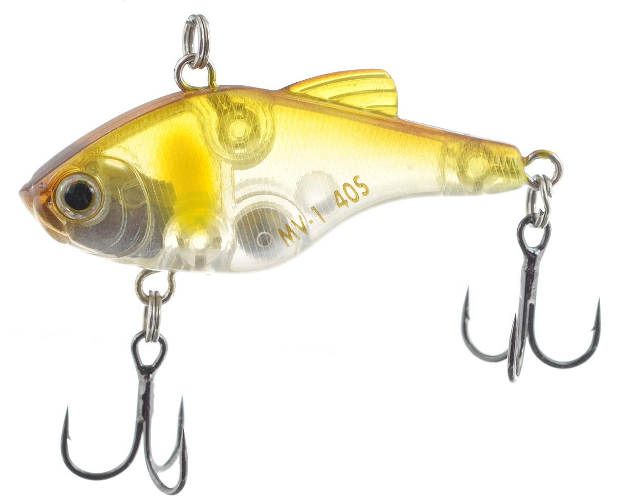 Воблер Maria MV-1 Vibration 40, тонущий, цвет: желтый, прозрачный, 4 см, 4,8 г22-0571 PПластиковый раттлин Maria MV-1 Vibration 40 обладает рядом качеств, с которыми не могут соперничать металлические. Область применения данного воблера практически такая же, как у глубоководного крэнка. Фактически, его можно назвать безлопастным крэнком. Способность ловить рыбу как на глубине, так и в мелких местах делает Maria MV-1 Vibration 40 универсальной приманкой. Ведите его с паузами или дайте ему опуститься на дно и используйте проводку с подергиванием. Дальнобойность и неотразимая игра делают его идеальной поисковой приманкой.Глубина: 3 м.